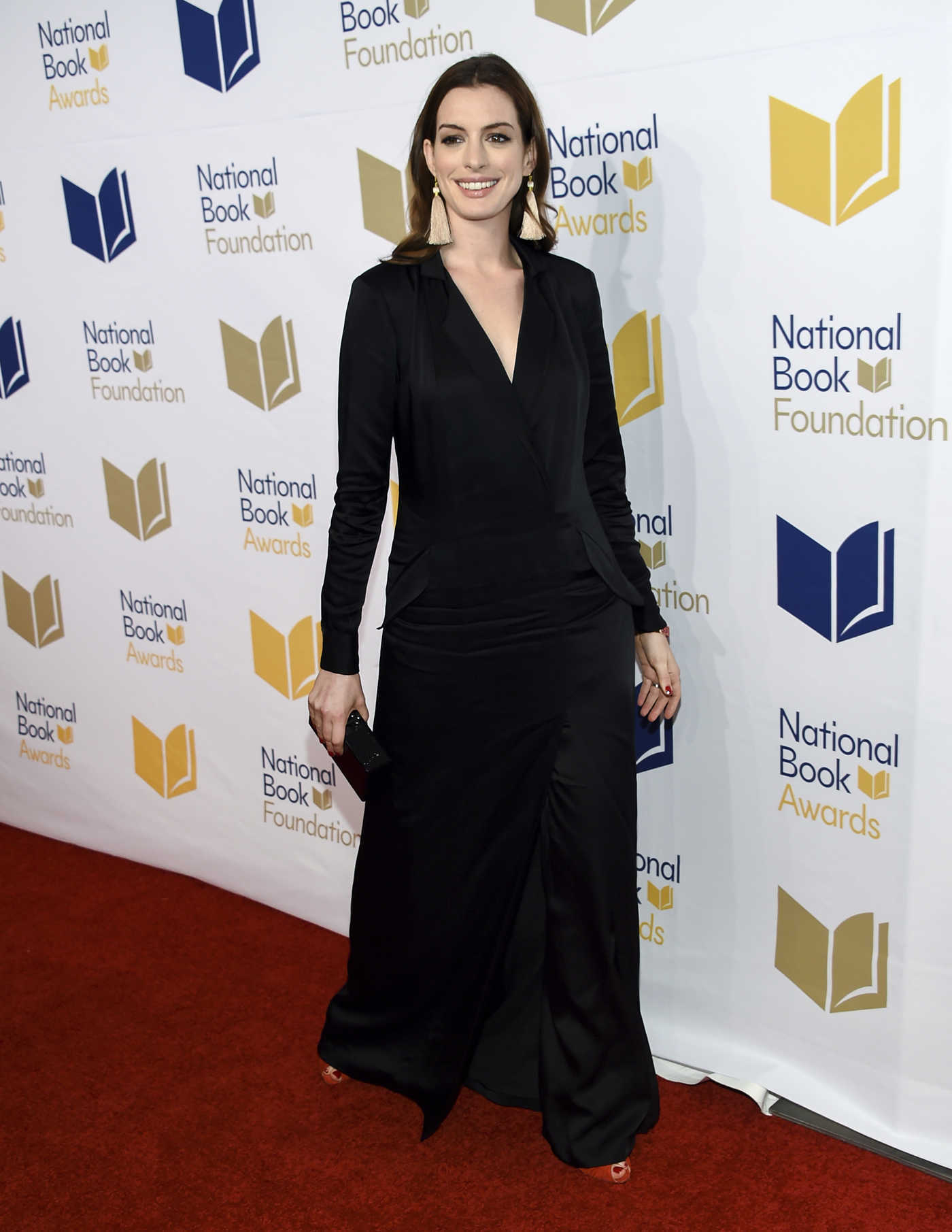 Anne Hathaway at the 68th National Book Awards in New York City 11/15/2017