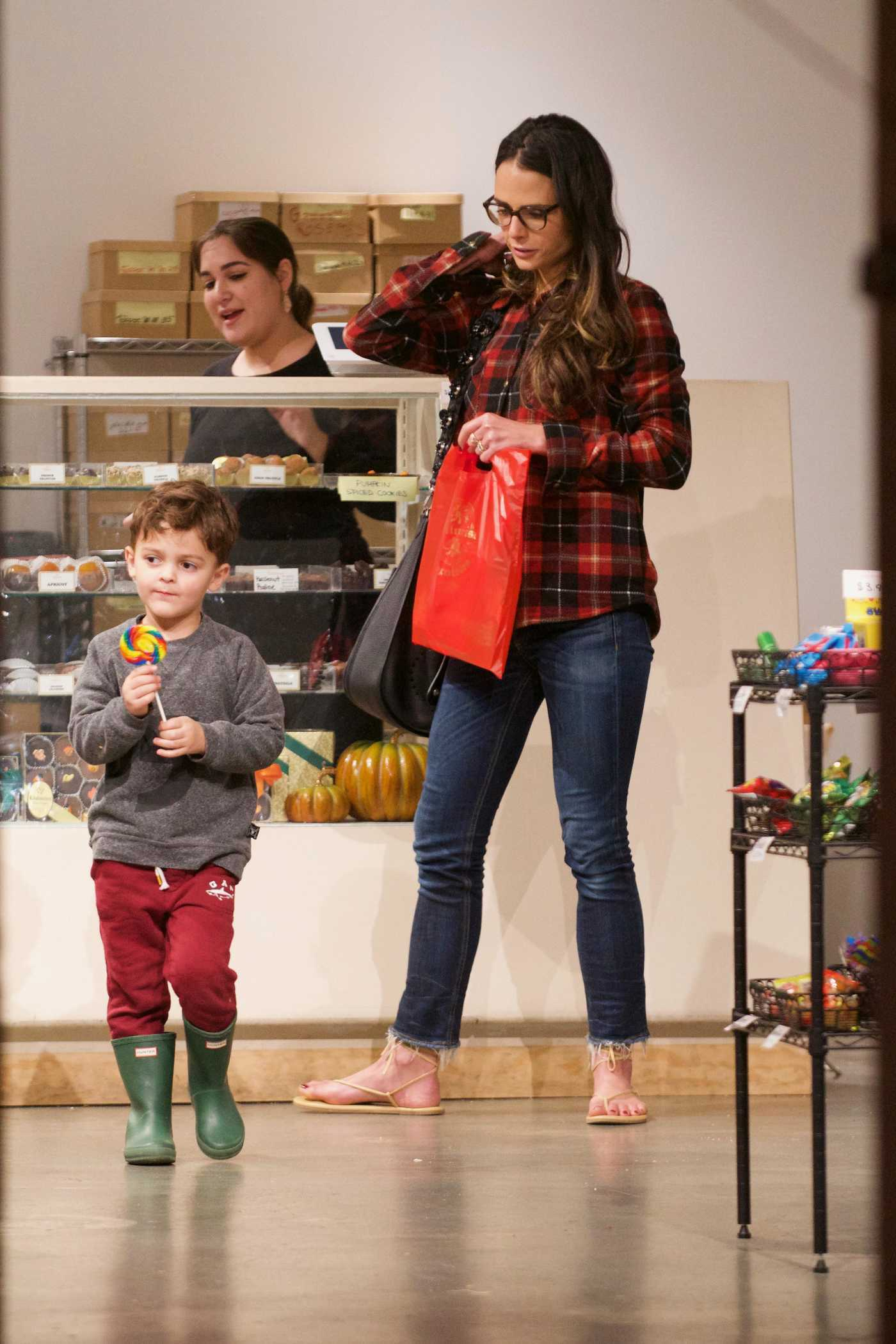 Jordana Brewster Buys Some Sweets for Her Son in LA 11/27/2017