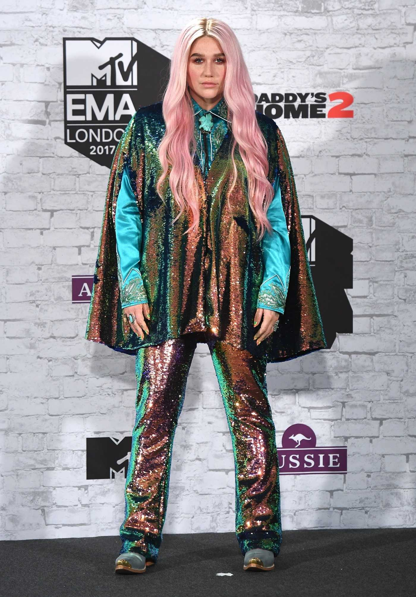 Kesha at the 24th MTV Europe Music Awards in London 11/12/2017