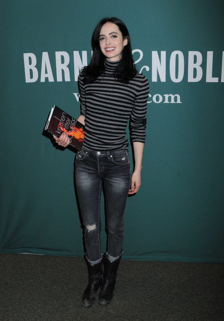 Krysten Ritter Arrives to a Fan Event for New Book Bonfire in NYC 11/08/2017-1