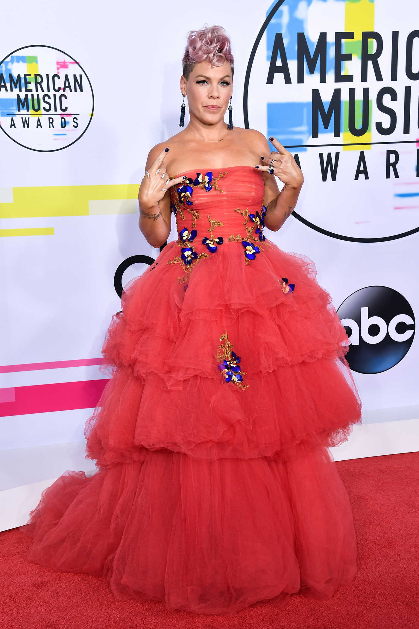 Pink at 2017 American Music Awards at the Microsoft Theater in Los Angeles 11/19/2017