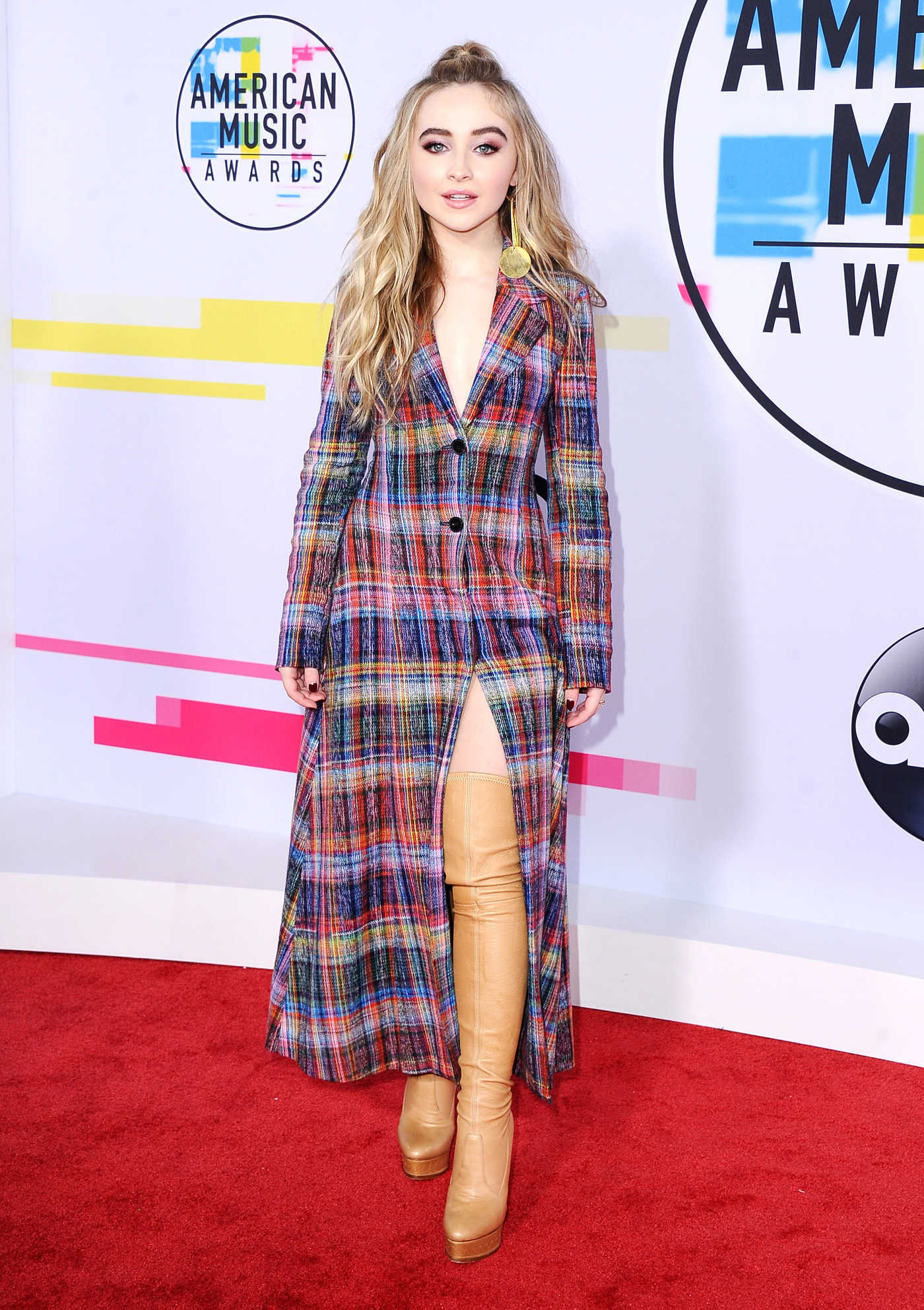 Sabrina Carpenter at 2017 American Music Awards at the Microsoft Theater in Los Angeles 11/19/2017