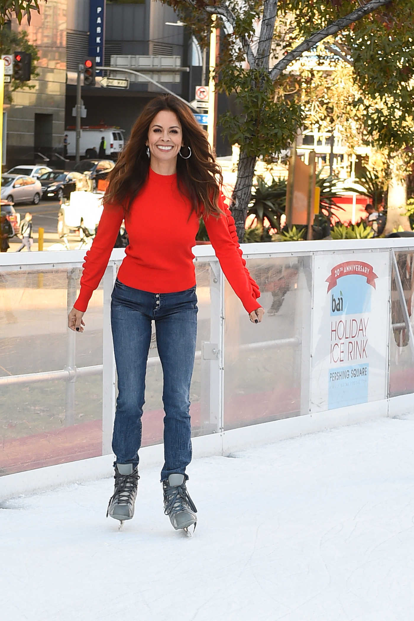 Brooke Burke Was Seen at Pershing Square Ice Rink in Los Angeles 12/21/2017