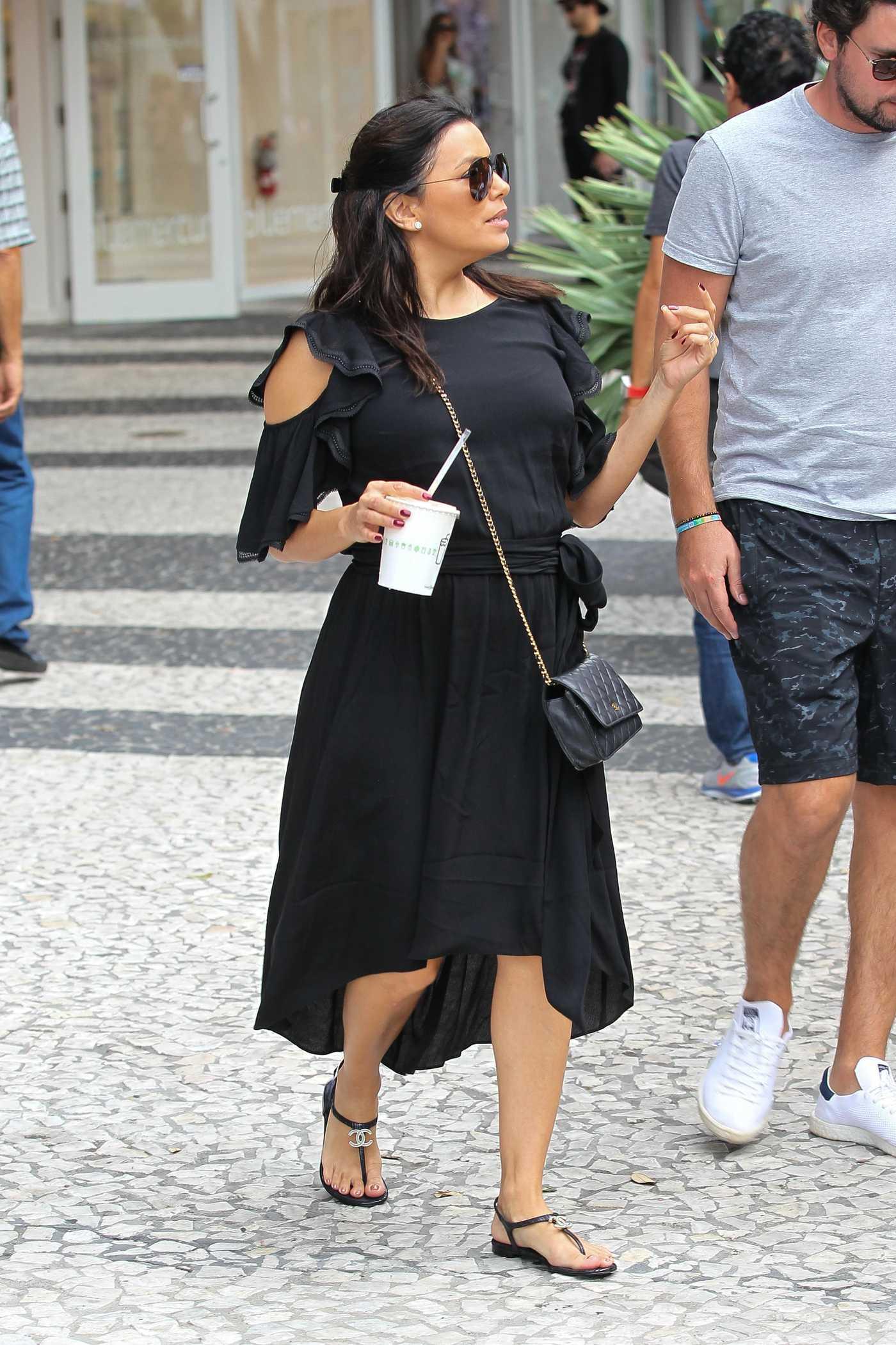 Eva Longoria Leaves a Lunch in Miami 12/26/2017