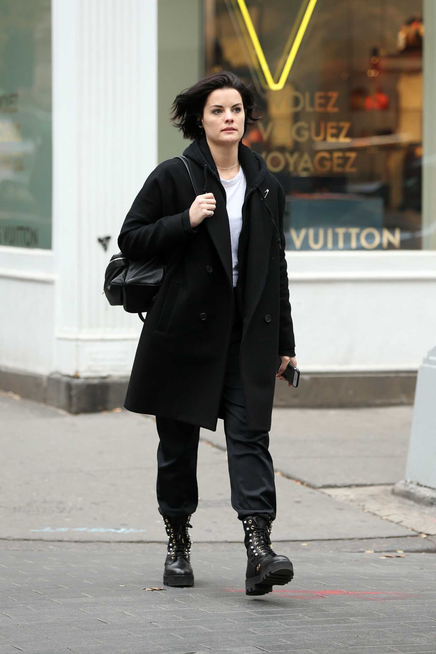 Jaimie Alexander Was Seen Out in New York City 12/03/2017