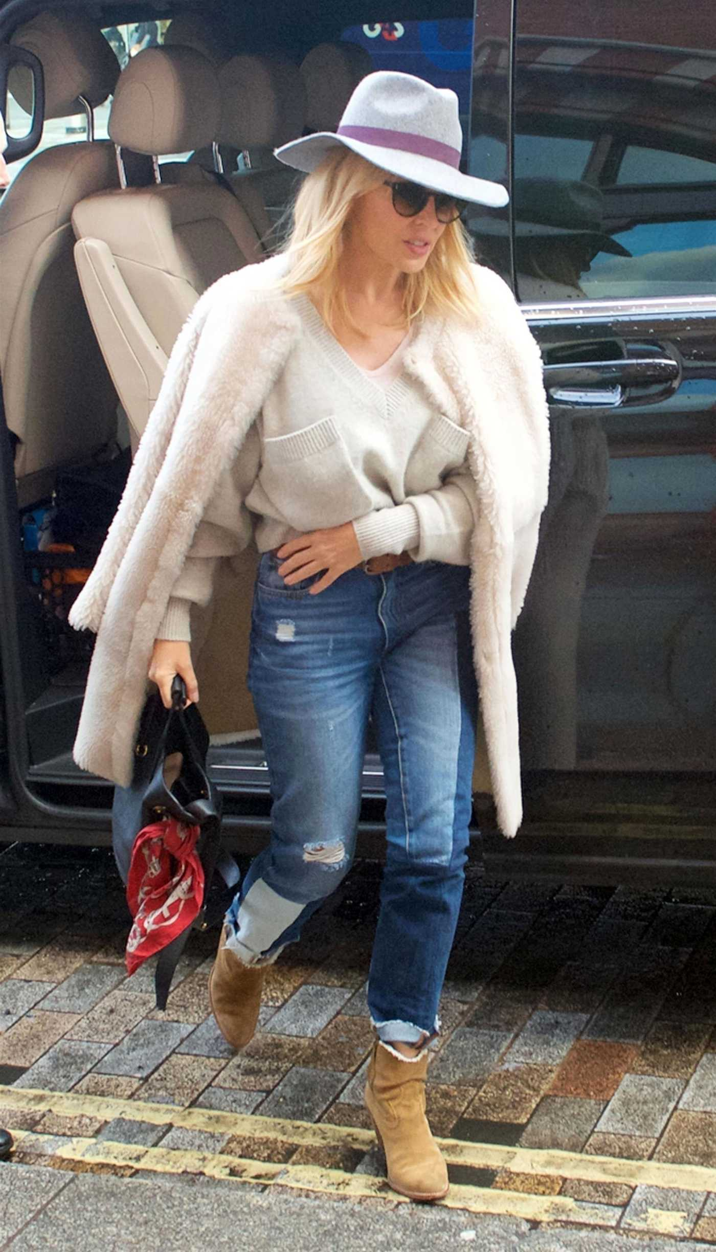 Kylie Minogue Was Spotted at London St Pancras Station 01/15/2018