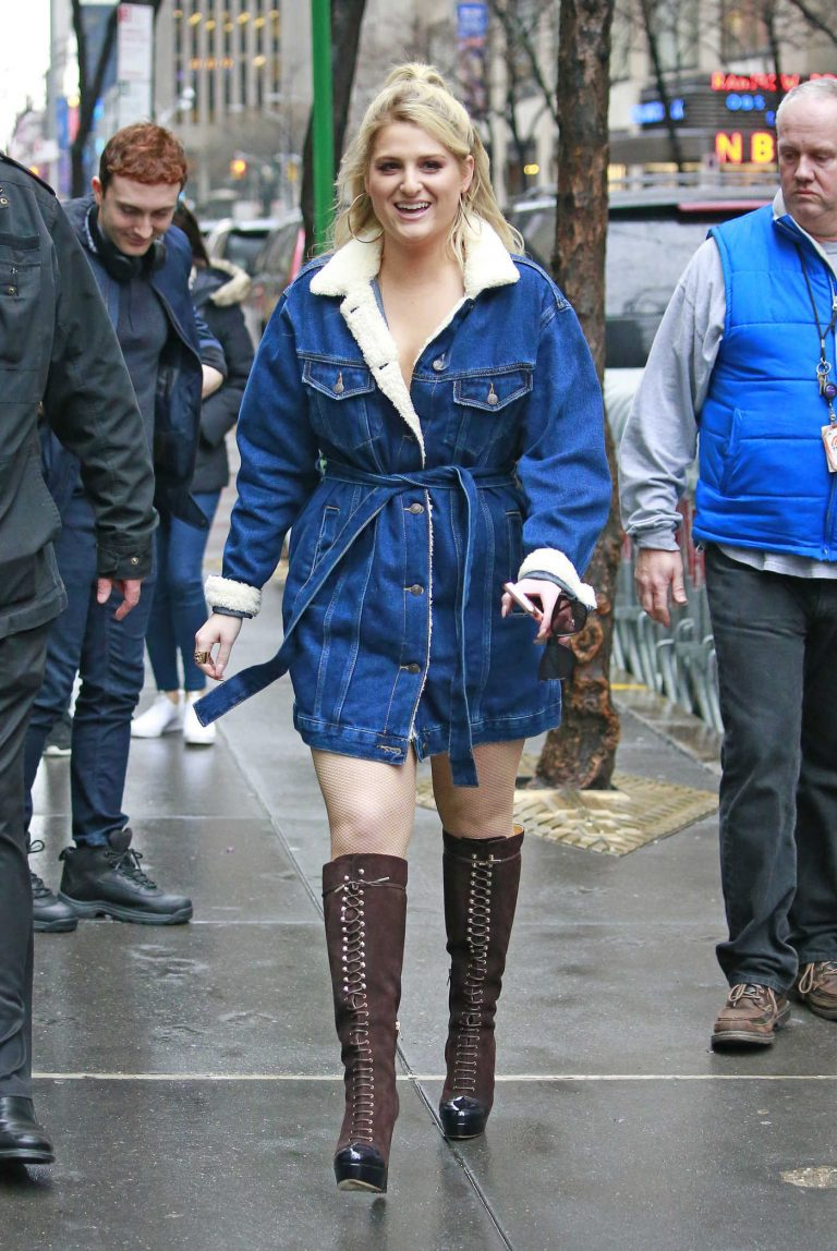 Meghan Trainor Wears a Denim Jacket Out in New York City 01/23/2018-1