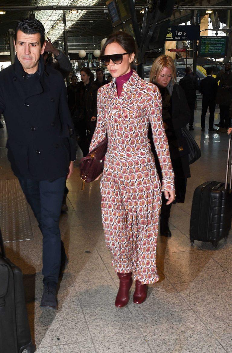 Victoria Beckham Arrives at Gare Du Nord Station in Paris 01/17/2018-1