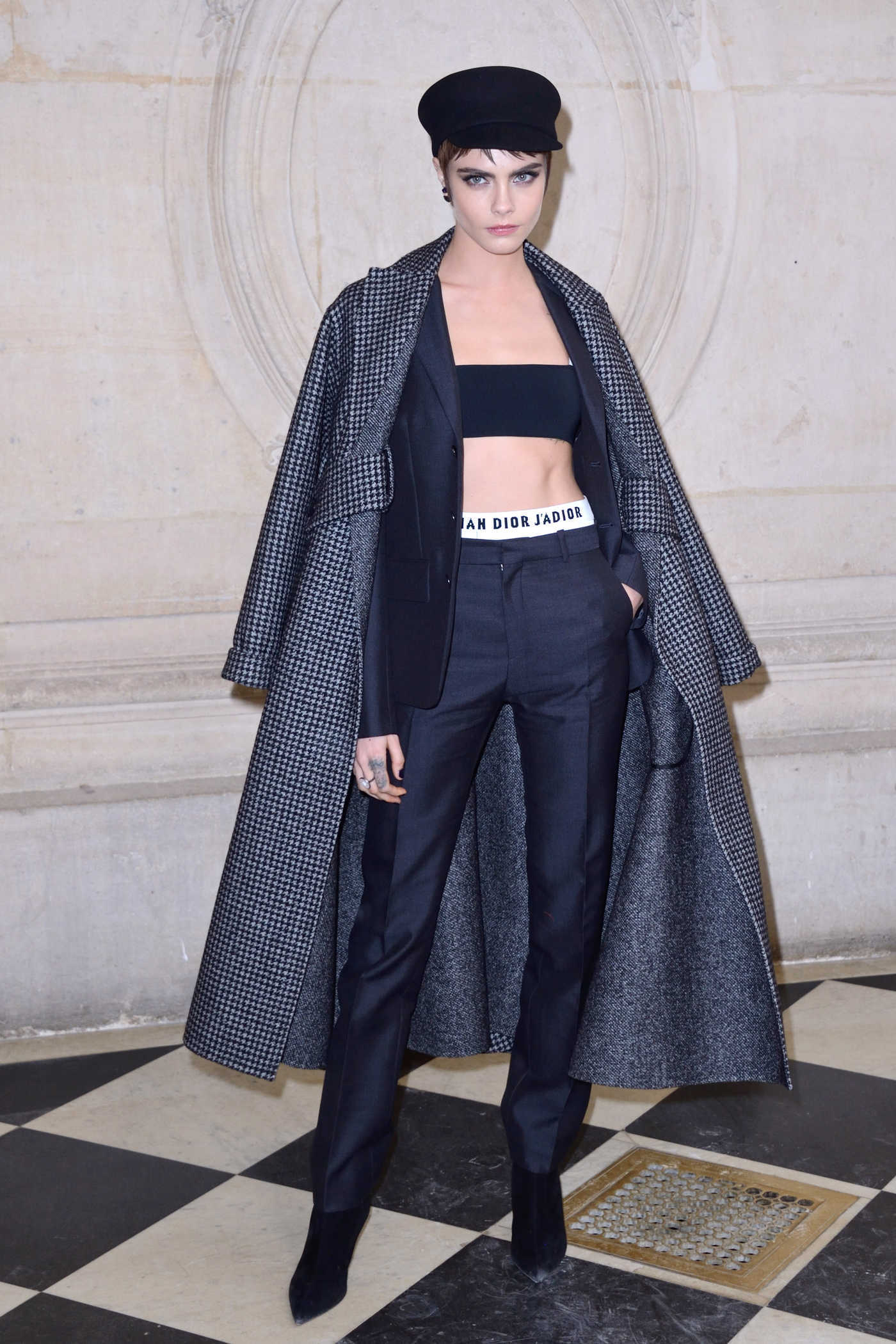 Cara Delevingne Attends the Christian Dior Show During Paris Fashion Week in Paris 02/27/2018