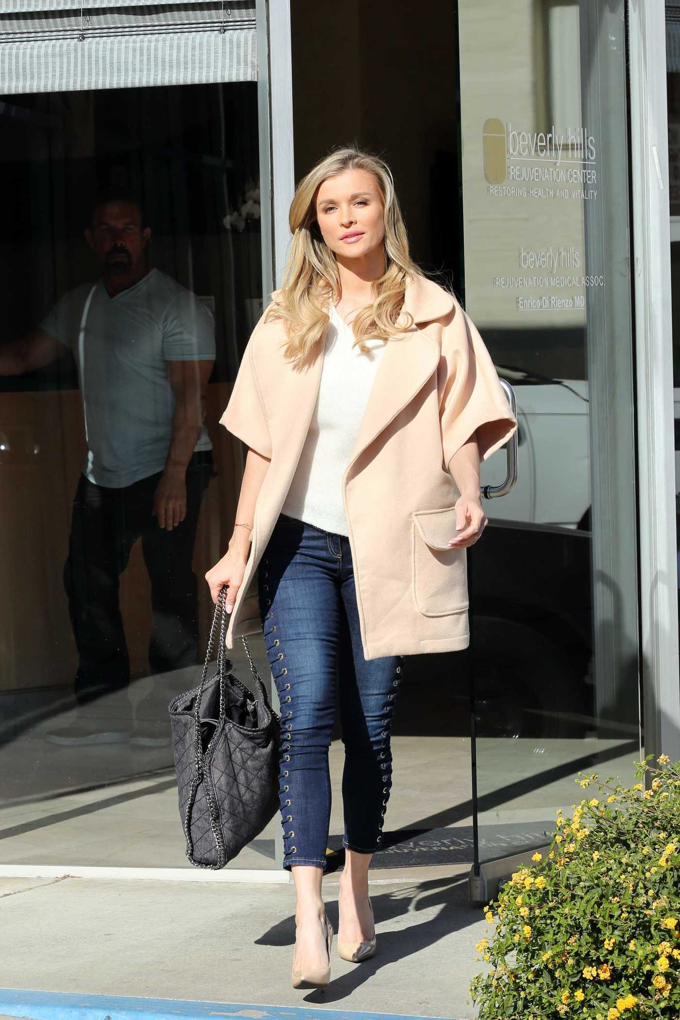 Joanna Krupa Leaves the Rejuvenation Center in Beverly Hills 02/21/2018