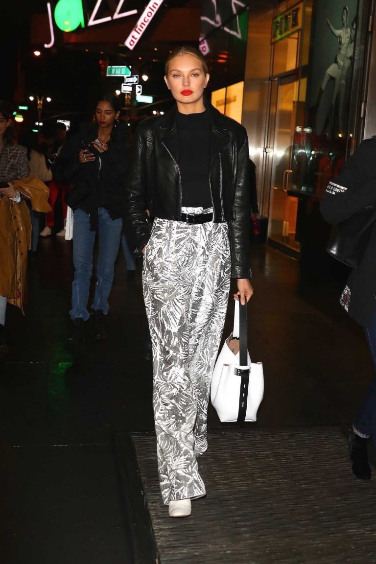 Romee Strijd Leaves the Brandon Maxwell Show in NYC 02/11/2018-1