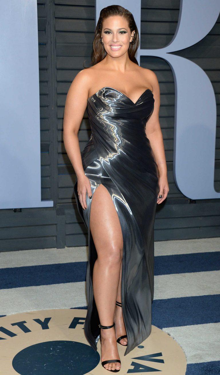 Ashley Graham at 2018 Vanity Fair Oscar Party in Beverly Hills 03/04/2018-1