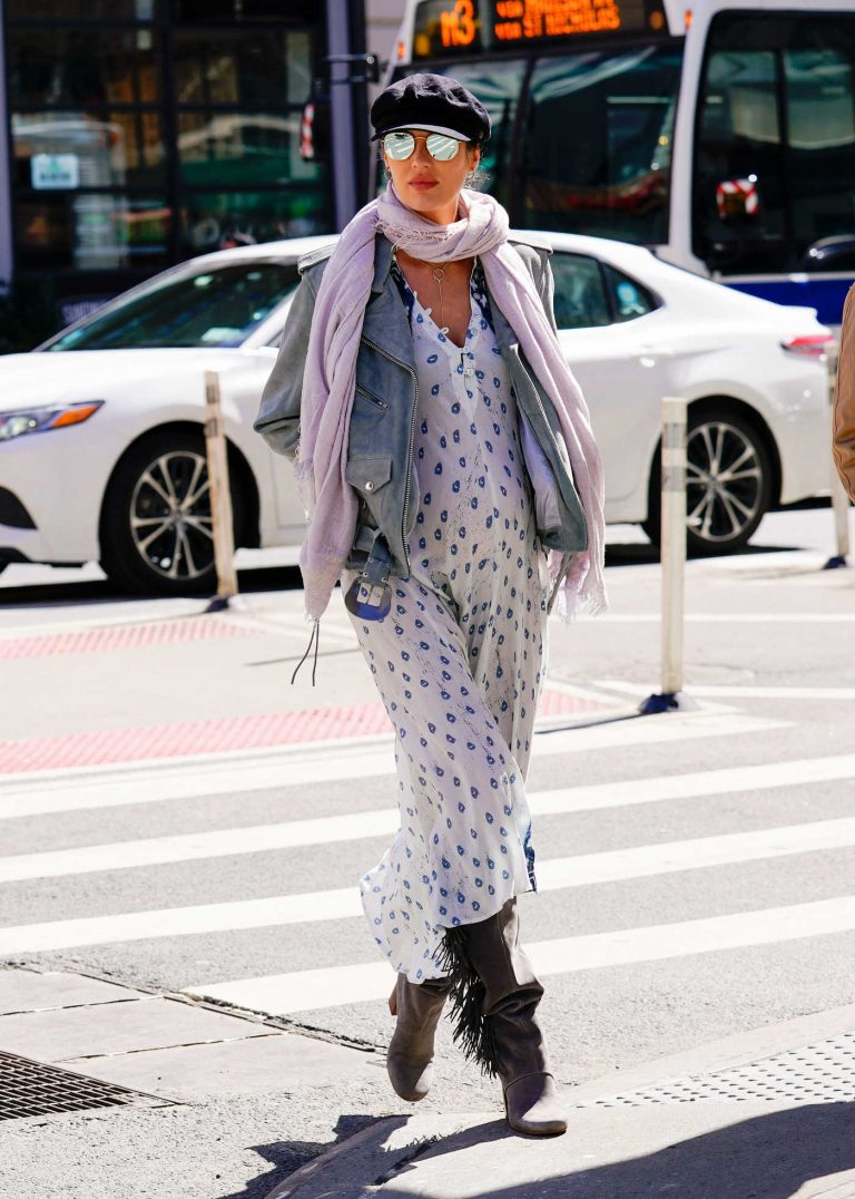 Candice Swanepoel Shows off Her Maternal Fashion in NYC 03/23/2018-1