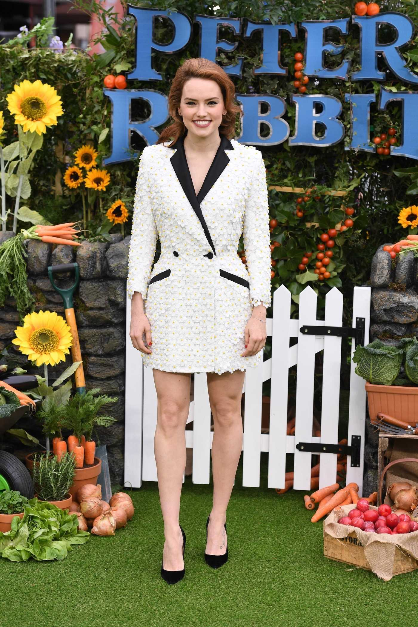 Daisy Ridley Attends the Peter Rabbit Premiere in London 03/11/2018