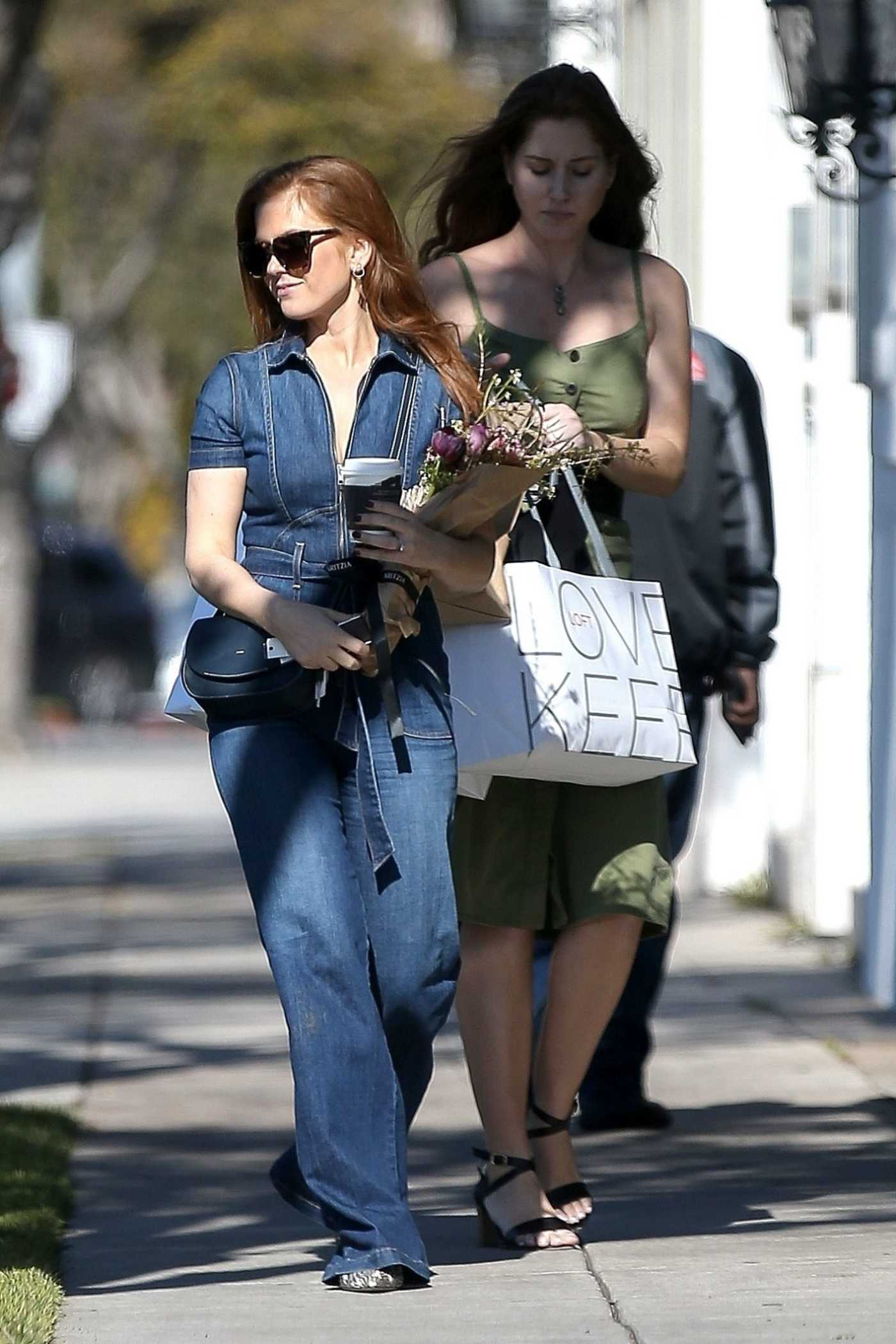 Isla Fisher Wears a Denim Jumpsuit Out in Beverly Hills 03/15/2018