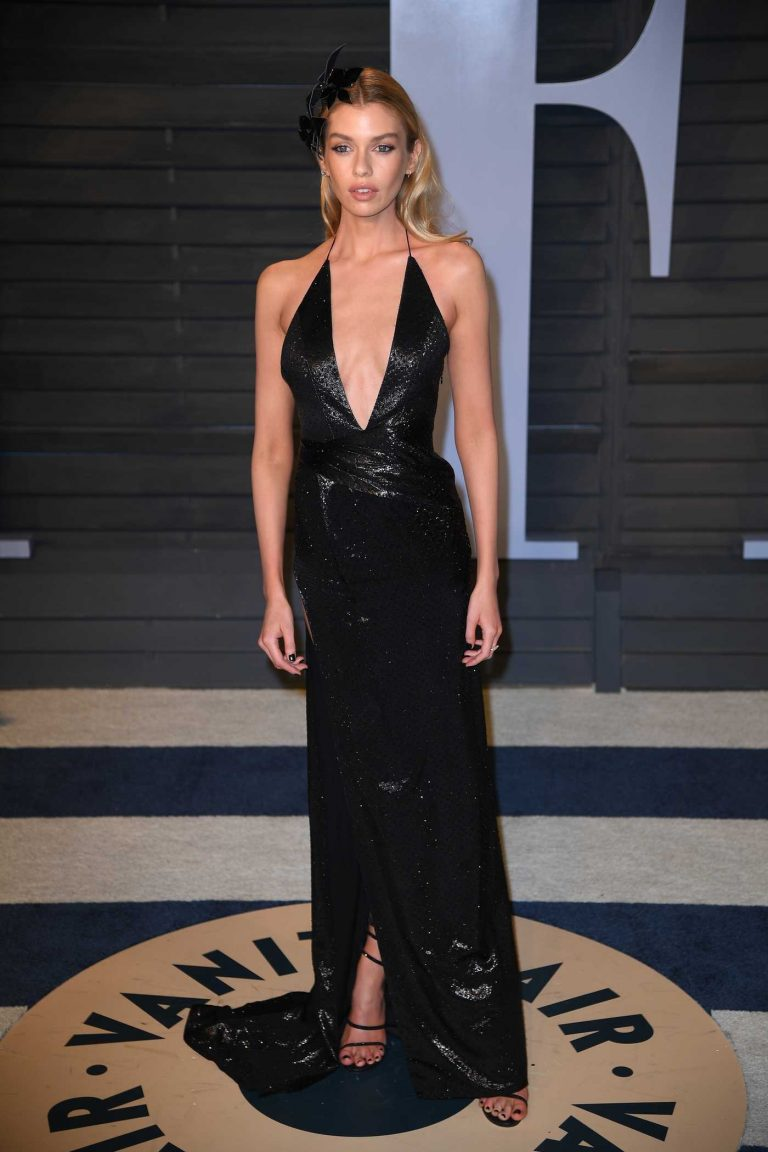 Stella Maxwell at 2018 Vanity Fair Oscar Party in Beverly Hills 03/04/2018-1