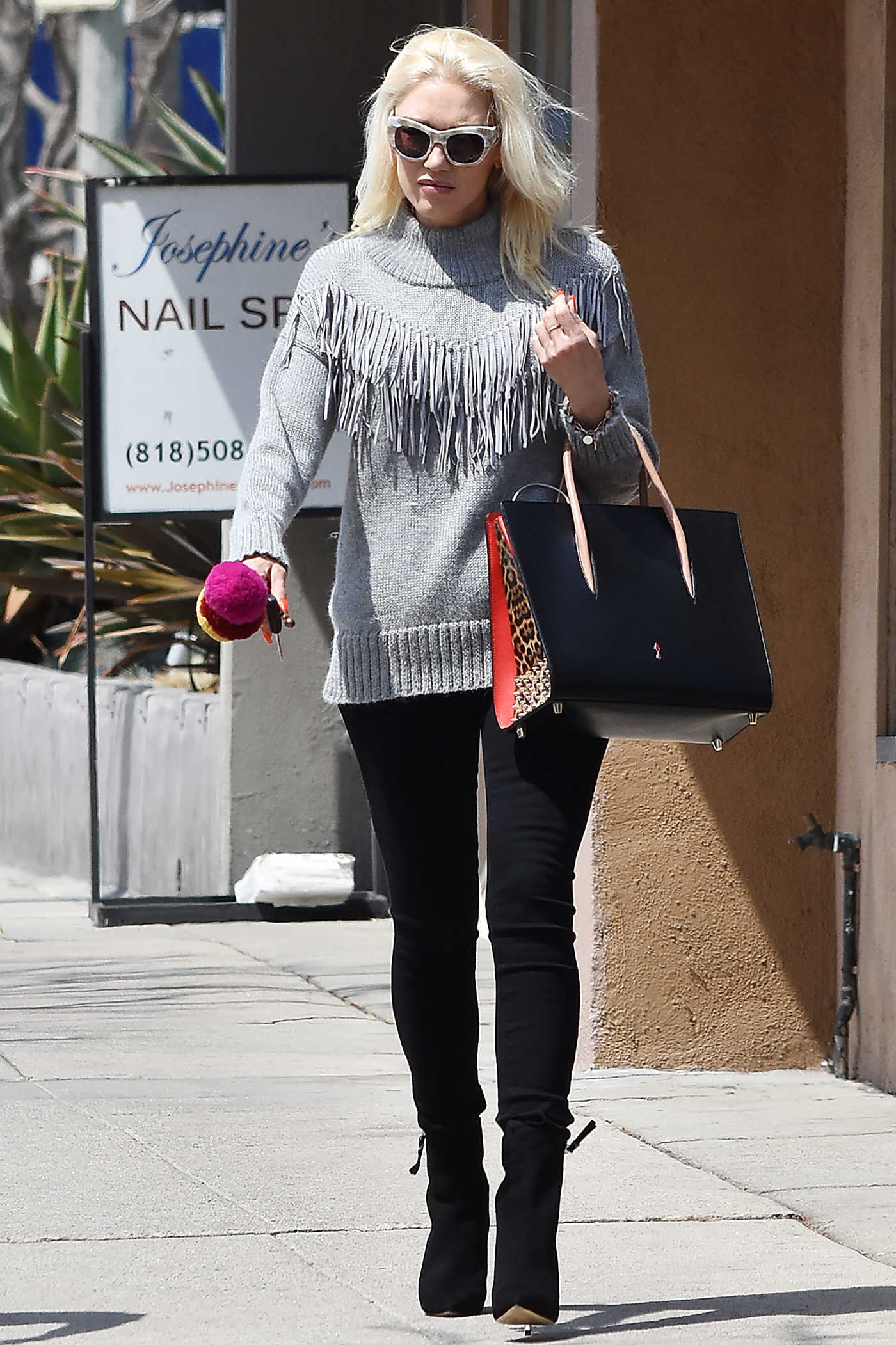 Gwen Stefani Was Spotted Out in Los Angeles 04/03/2018
