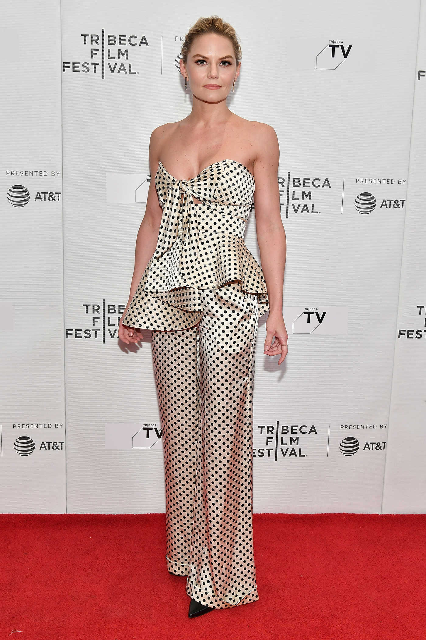 Jennifer Morrison Attends the Chanel Tribeca Film Festival Artists Dinner at Balthazar in New York 04/23/2018