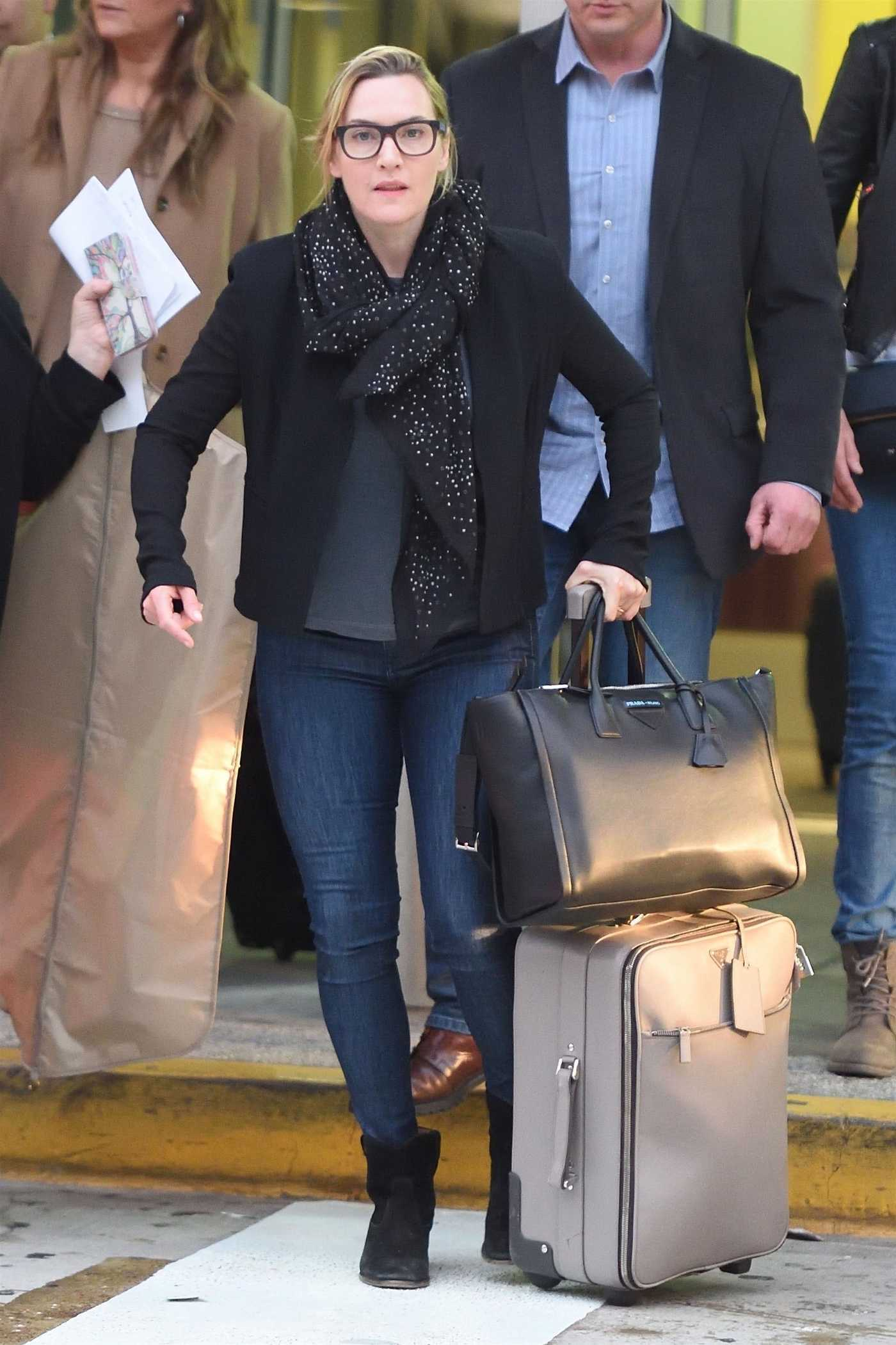 Kate Winslet Was Spotted at JFK Airport in New York 04/25/2018