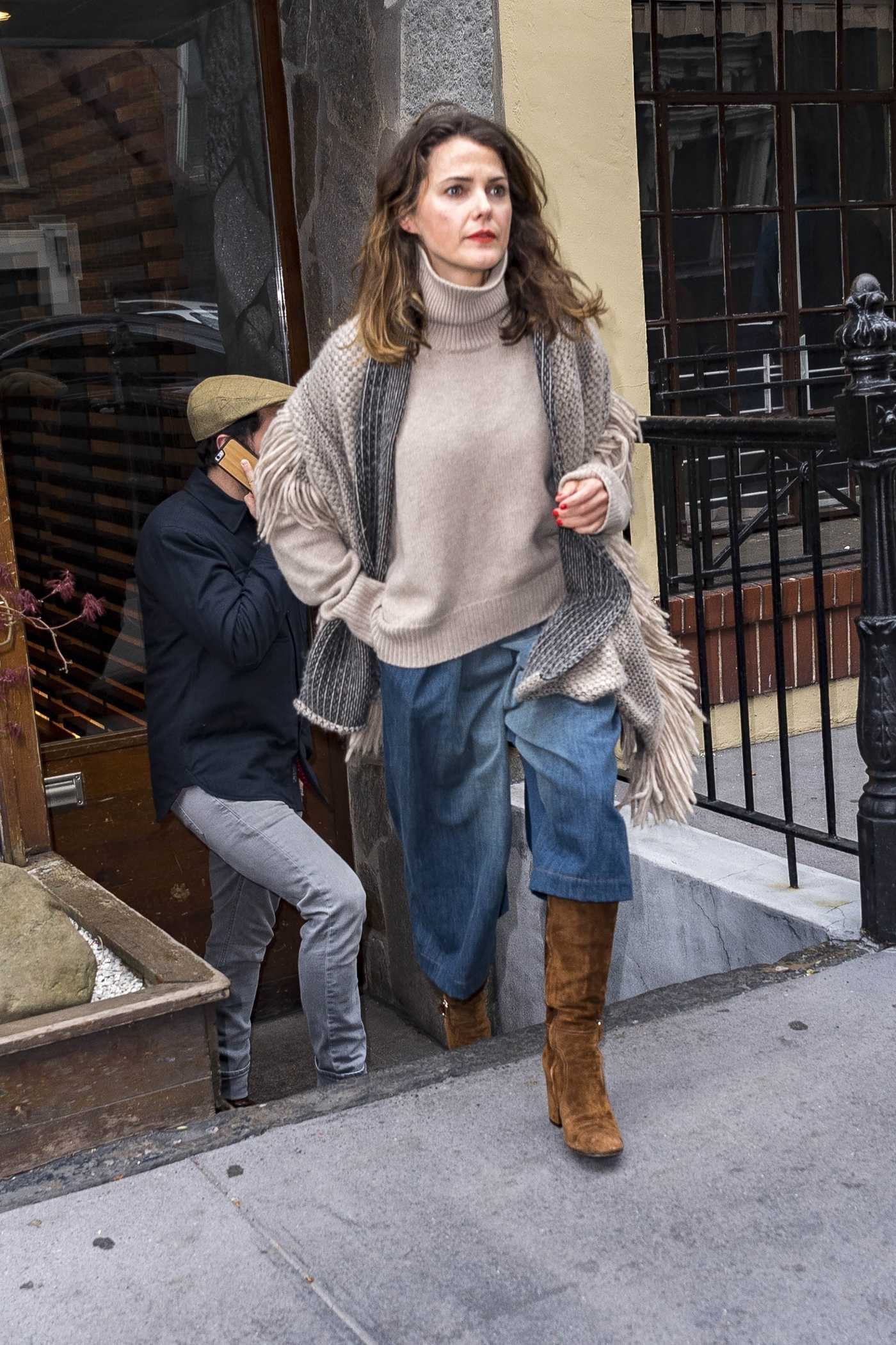 Keri Russell Enjoys a Sushi Lunch at a Trendy Soho Restaurant in New York 04/17/2018