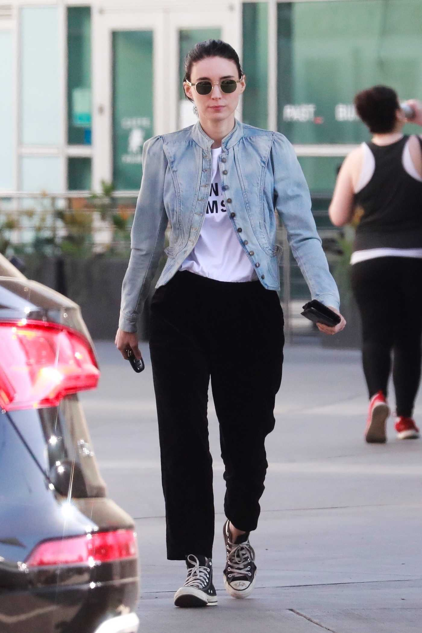 Rooney Mara Leaves an Office Building in Hollywood 04/07/2018