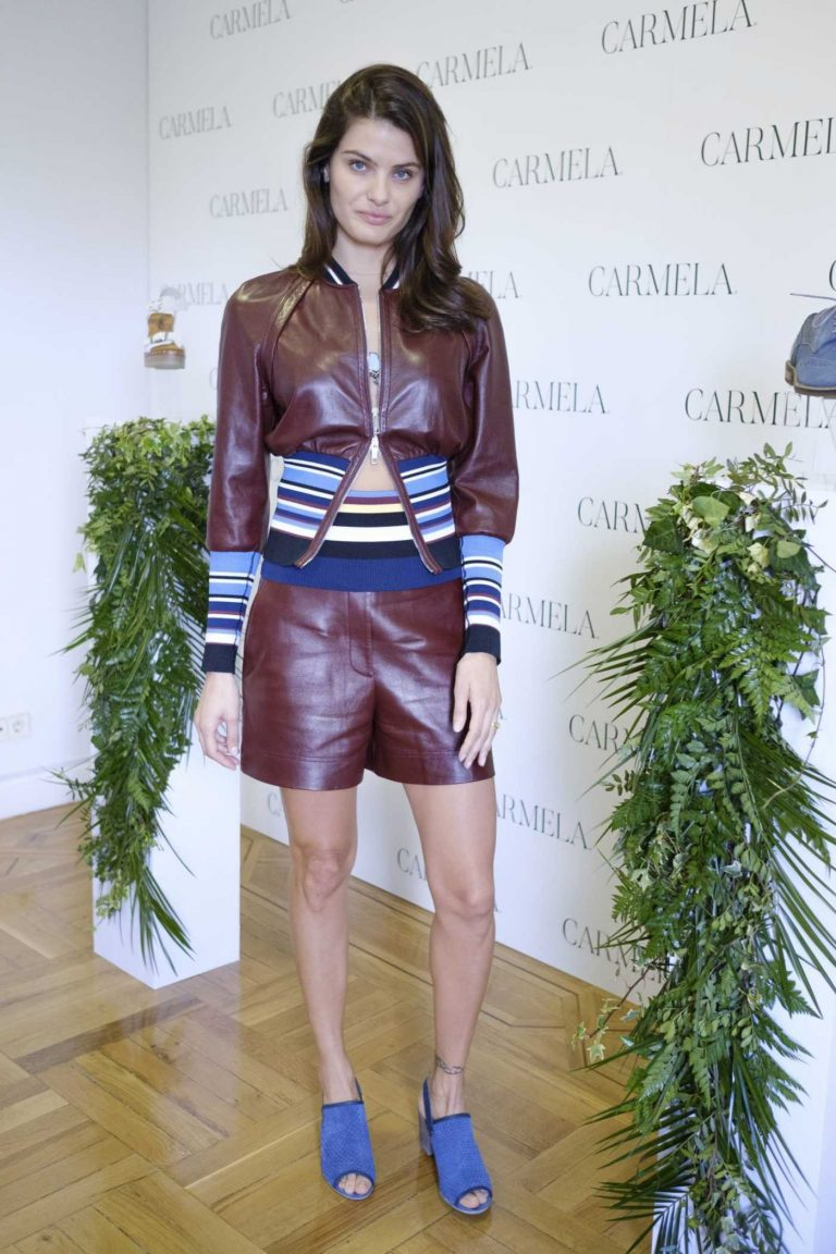 Isabeli Fontana at Carmela Spring/Summer 2018 Campaign in Madrid 05/03/2018-1