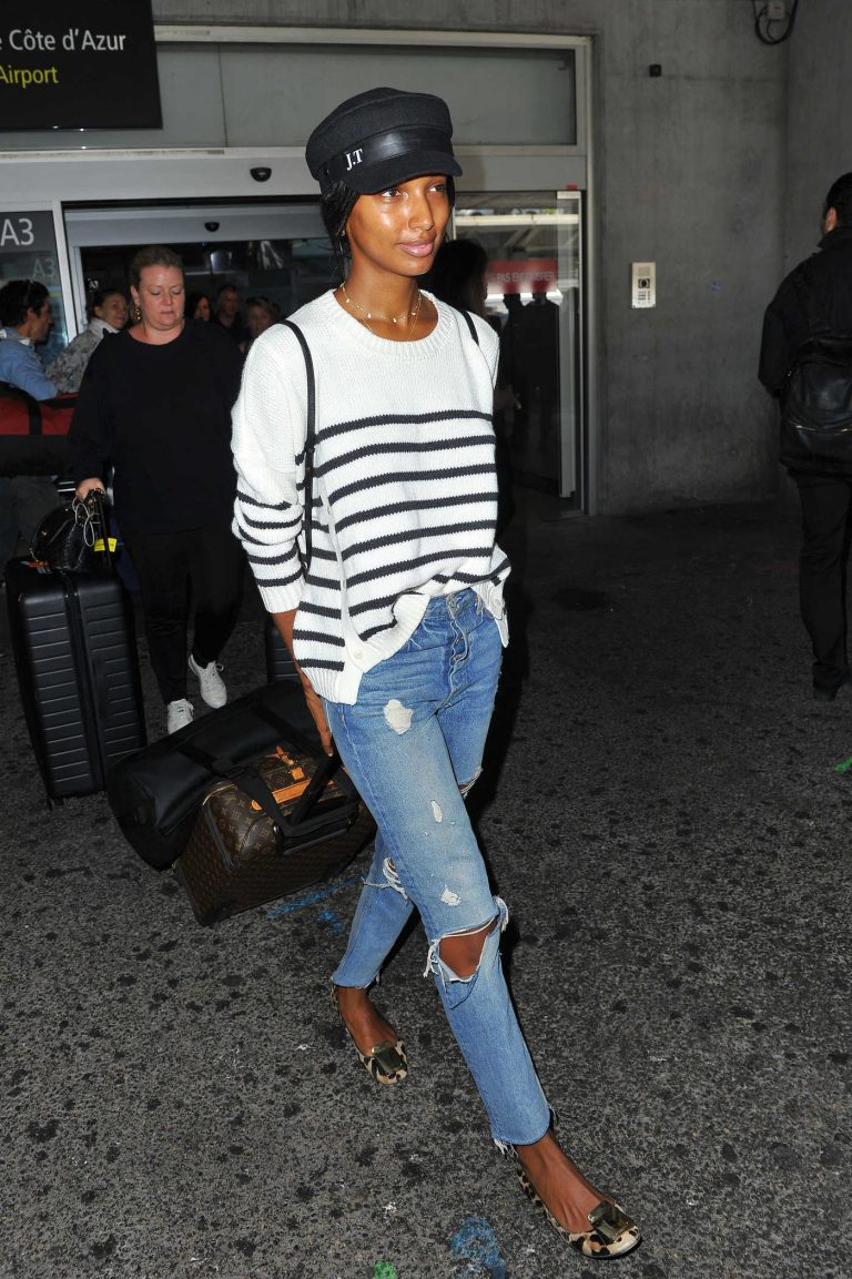 Jasmine Tookes Arrives at Cote D'Azur Airport in Nice 05/11/2018-1
