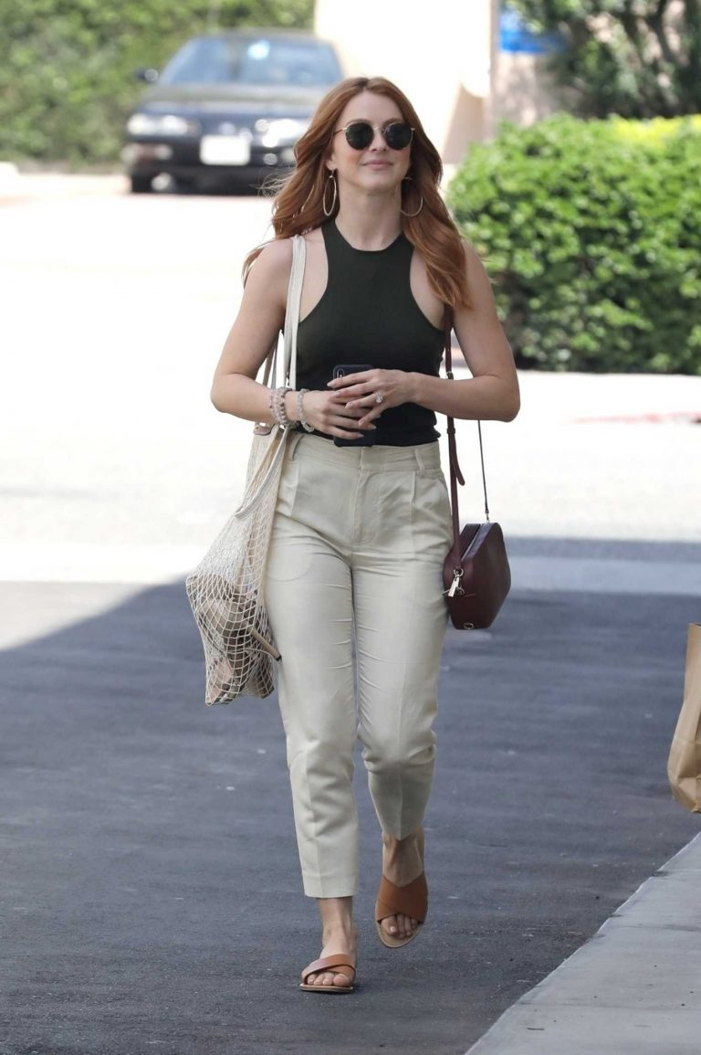 Julianne Hough Heads to a New Store in West Hollywood 05/08/2018-1