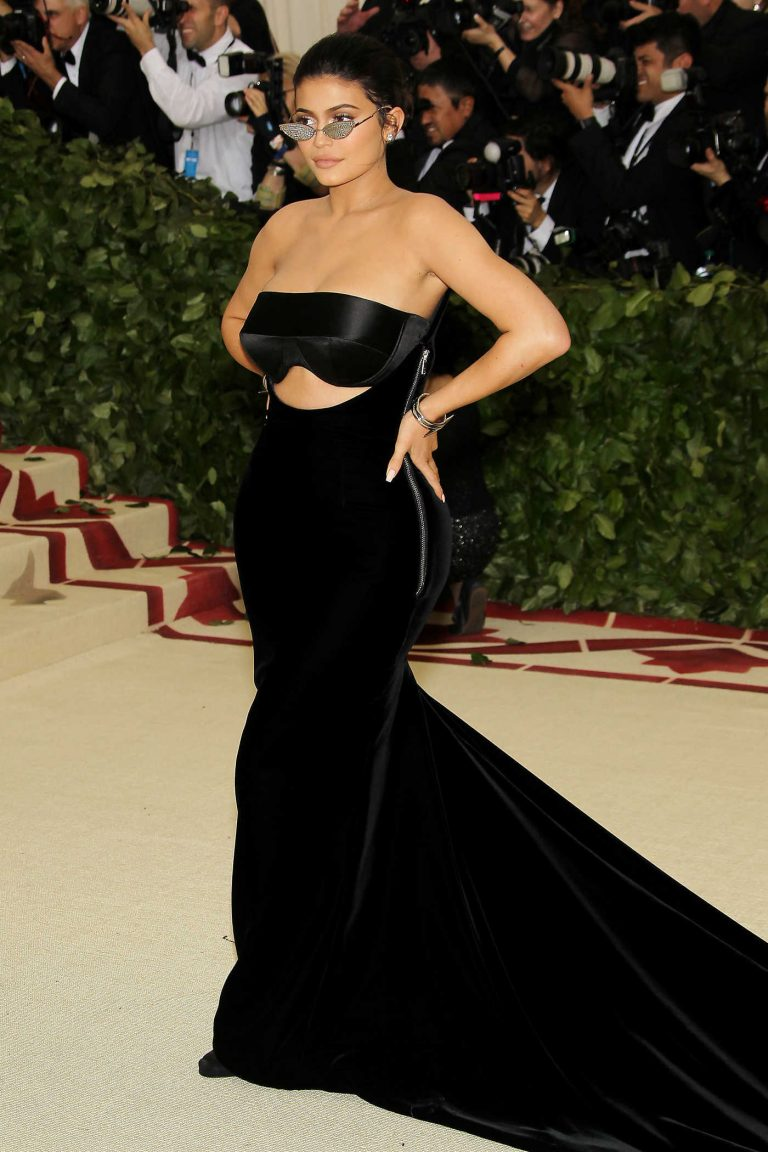 Kylie Jenner at the Heavenly Bodies: Fashion and The Catholic Imagination Costume Institute Gala in New York City 05/07/2018-1