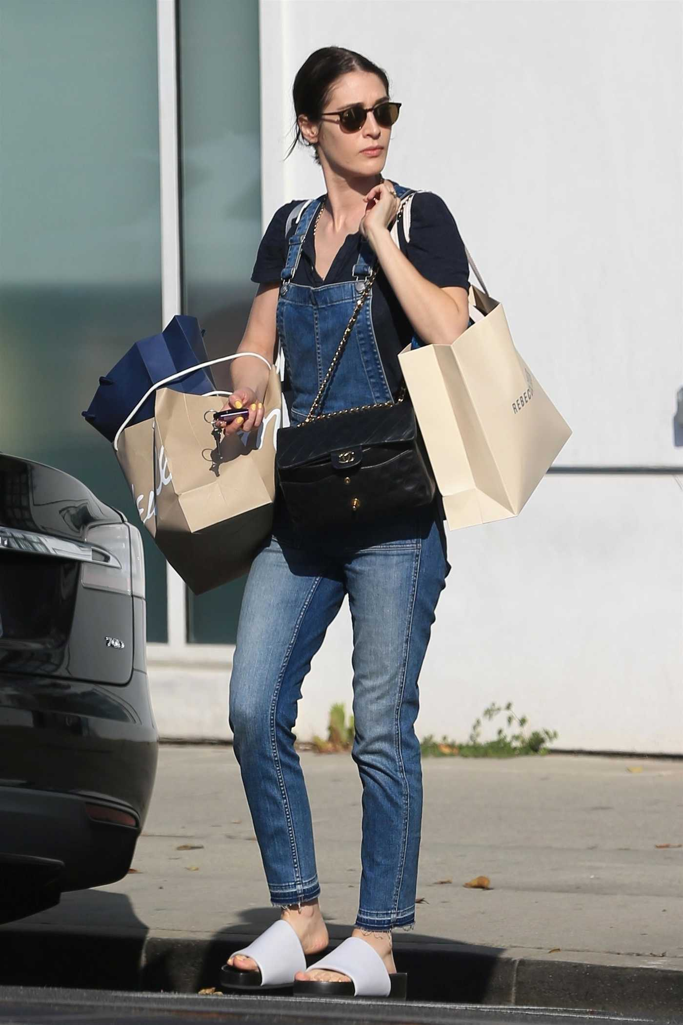 Lizzy Caplan Goes Shopping in West Hollywood 05/17/2018