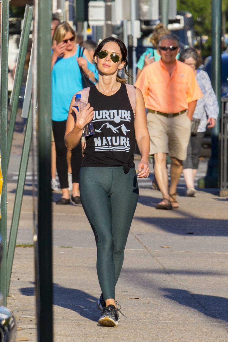 Megan Fox Wears Figure Hugging Yoga Pants Out in New Orleans 05/29/2018-1