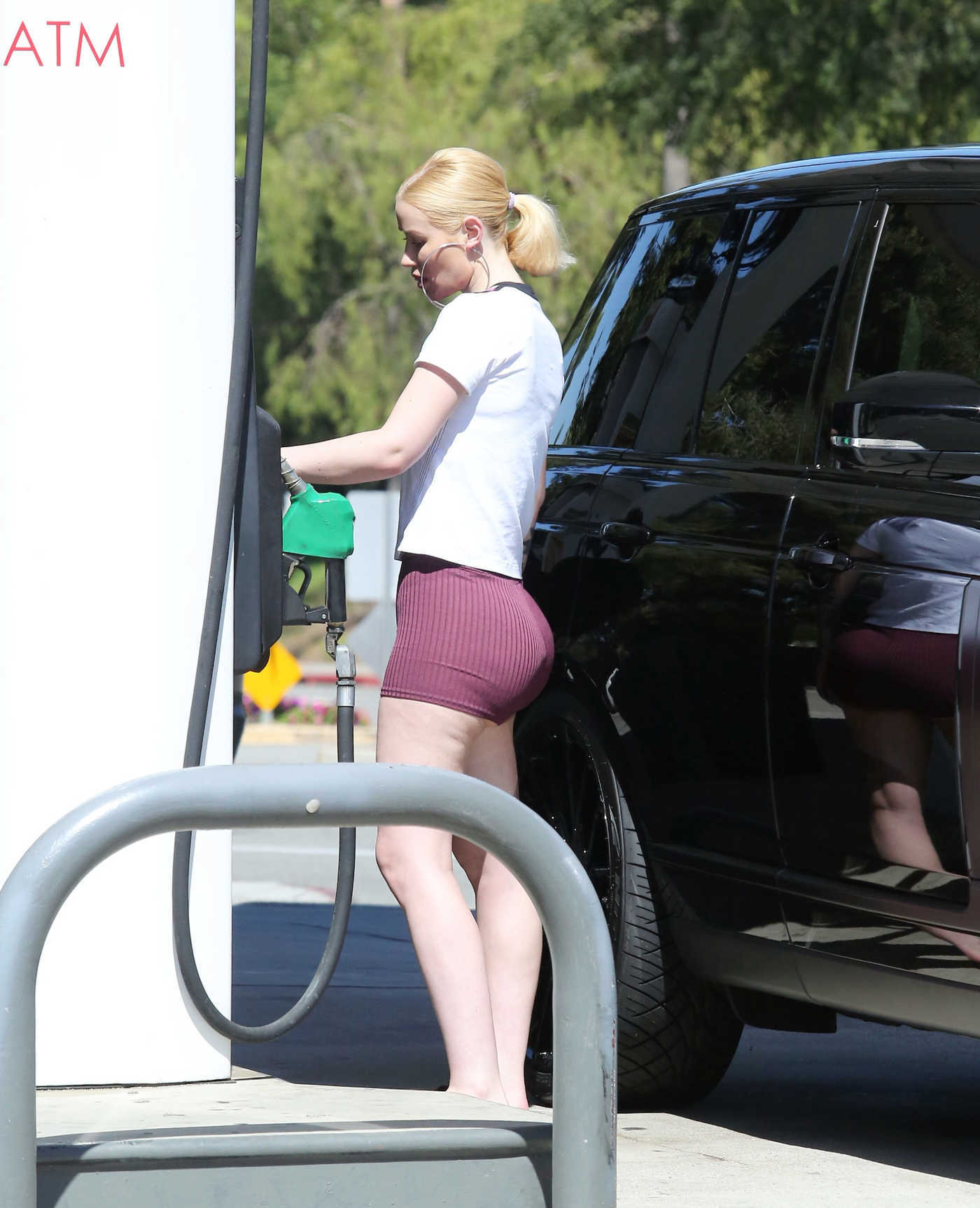 Iggy Azalea Was Spotted at a Gas Station in Los Angeles 06/27/2018
