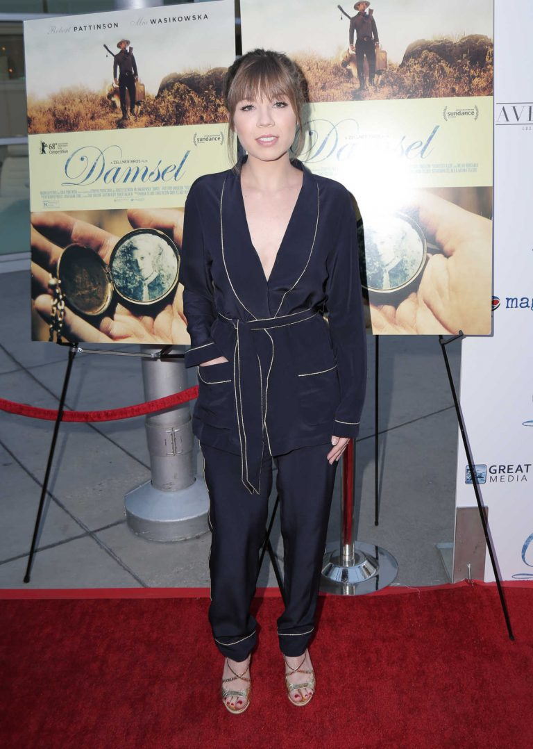 Jennette McCurdy at the Damsel Premiere in Los Angeles 06/13/2018-1