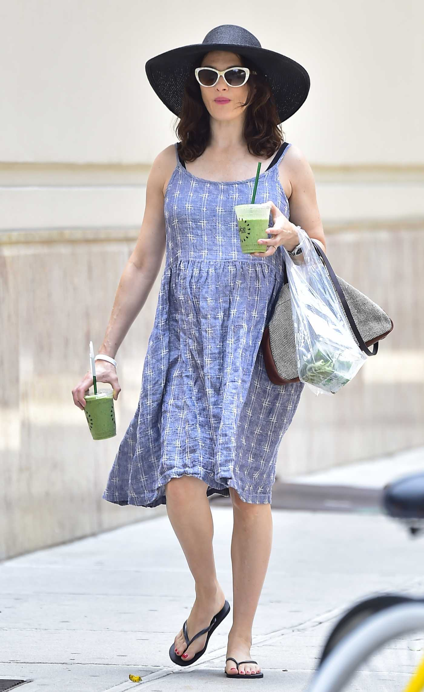 Rachel Weisz Grabs Fresh Pressed Green Juice in New York City 06/18/2018