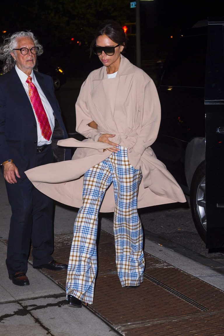 Victoria Beckham Touches Down at JFK Airport in New York City 06/17/2018-1