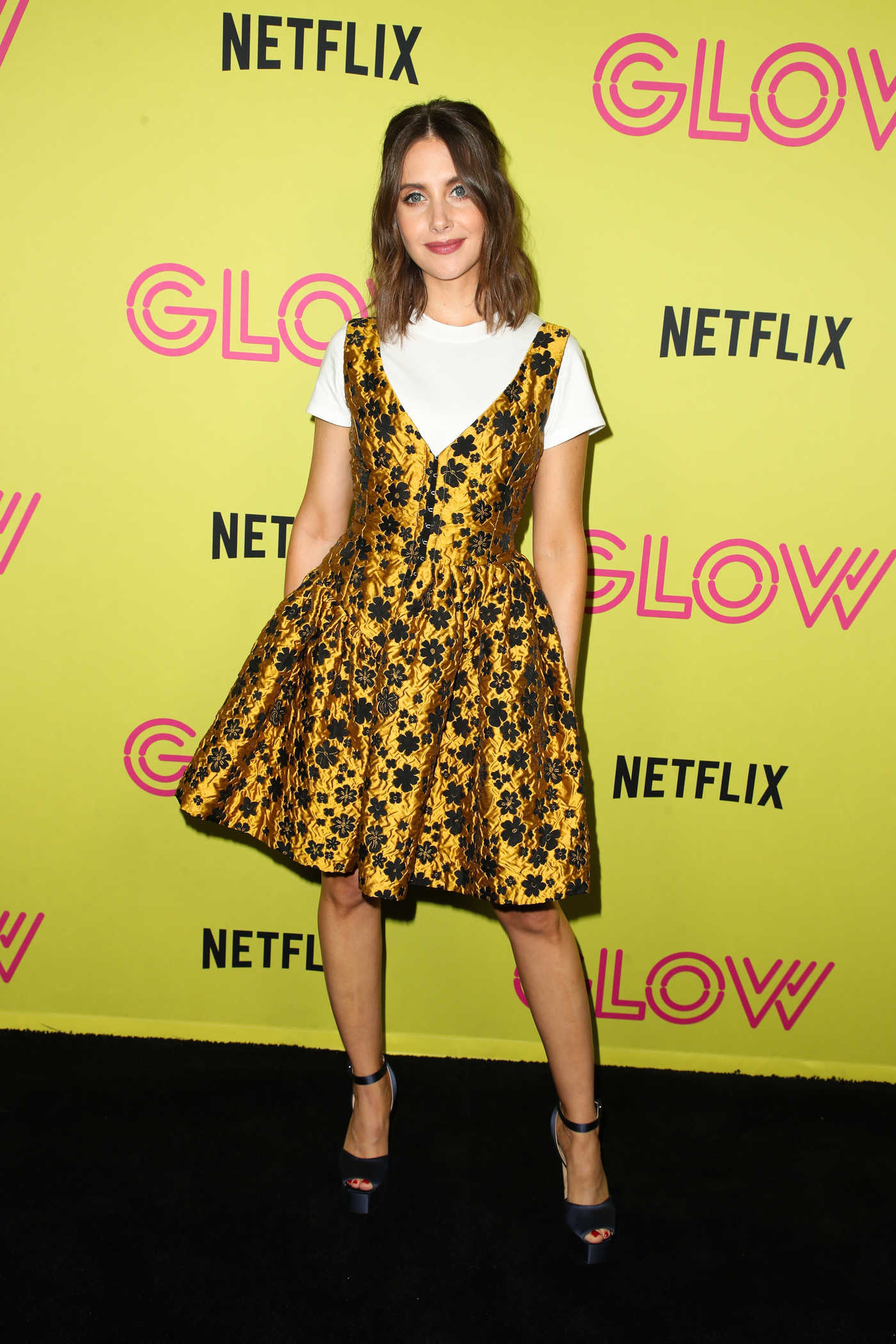 Alison Brie Attends Netflix Glow Roller Skating Event in Los Angeles 07/29/2018