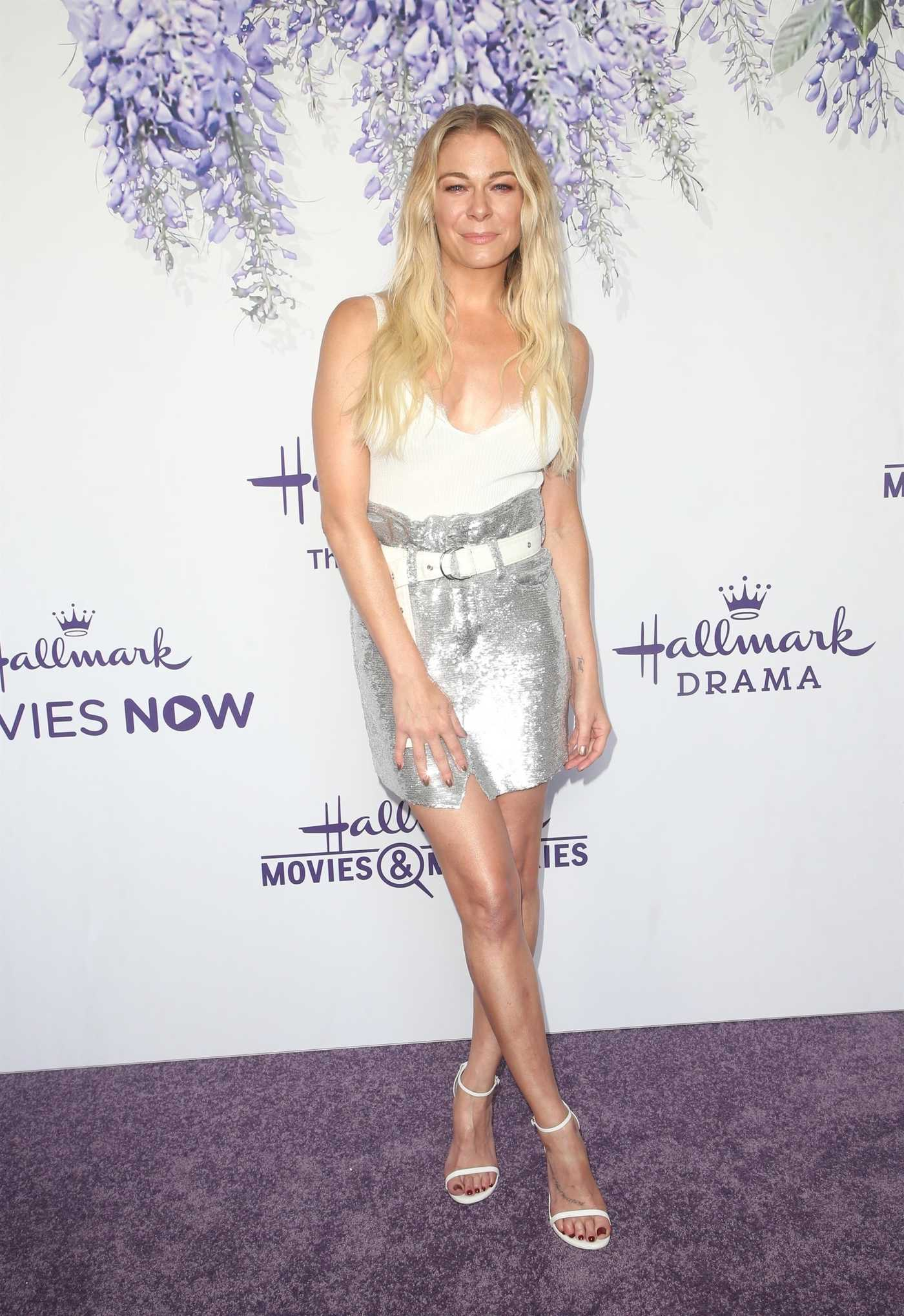 LeAnn Rimes Attends Hallmark's Evening Gala TCA Summer Press Tour in LA 07/26/2018