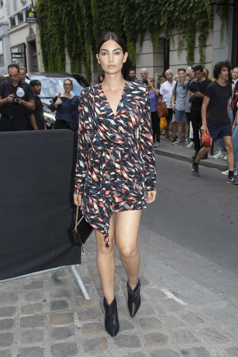 Lily Aldridge Arrives at 2018 Givenchy Fashion Show in Paris 07/01/2018-1