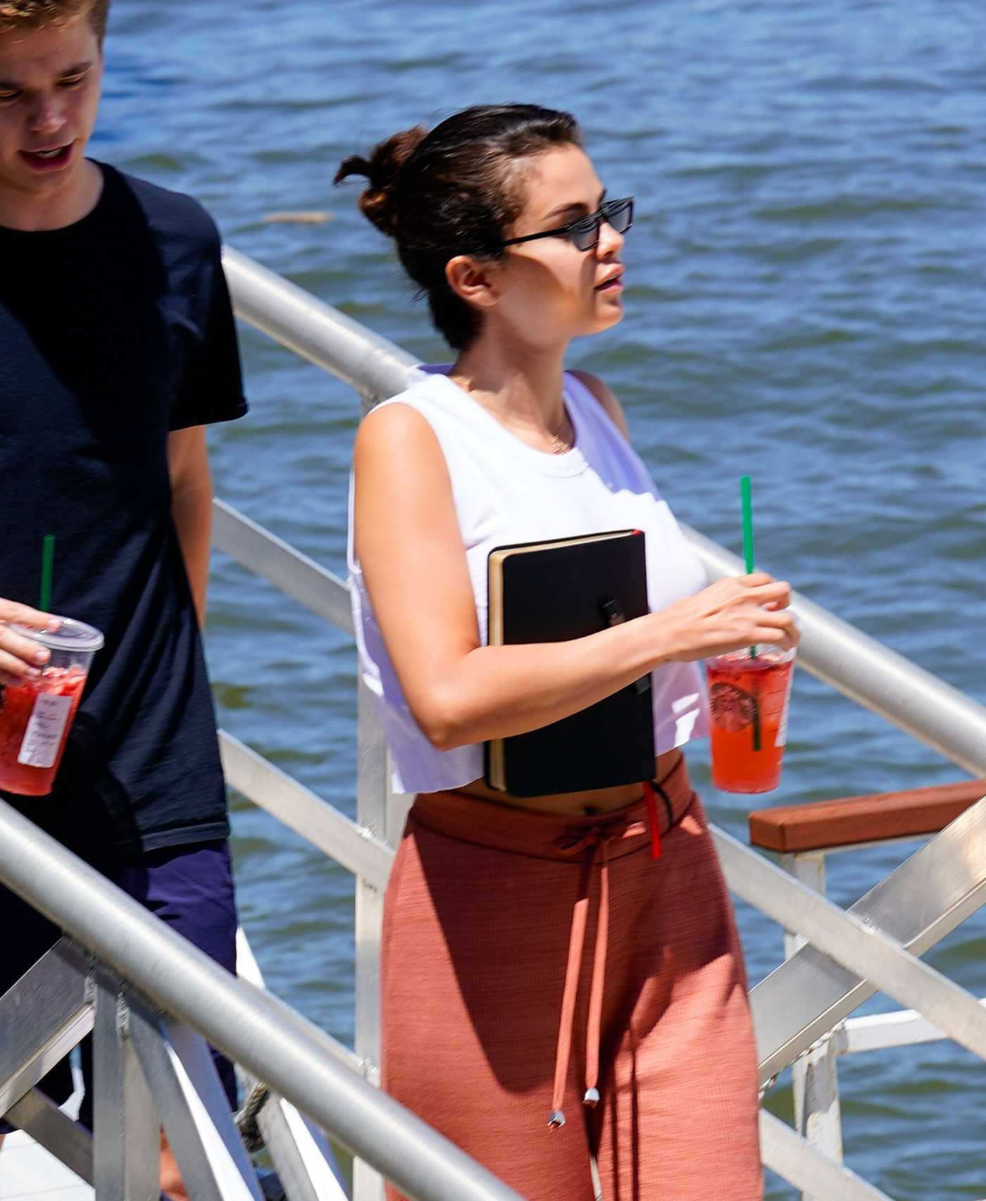 Selena Gomez Arrives on a Yacht in New York 07/08/2018