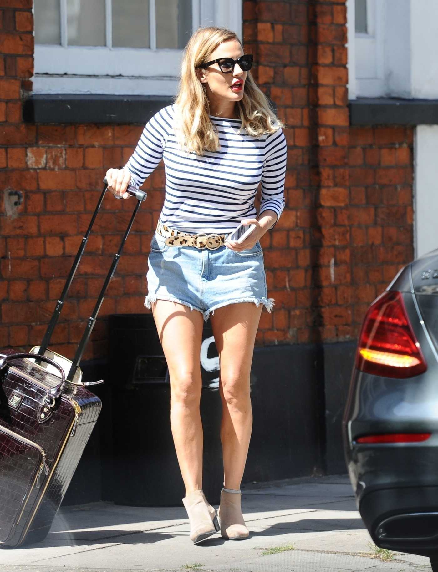 Caroline Flack in a Striped Long Sleeves T-Shirt Was Seen Out in London 08/06/2018