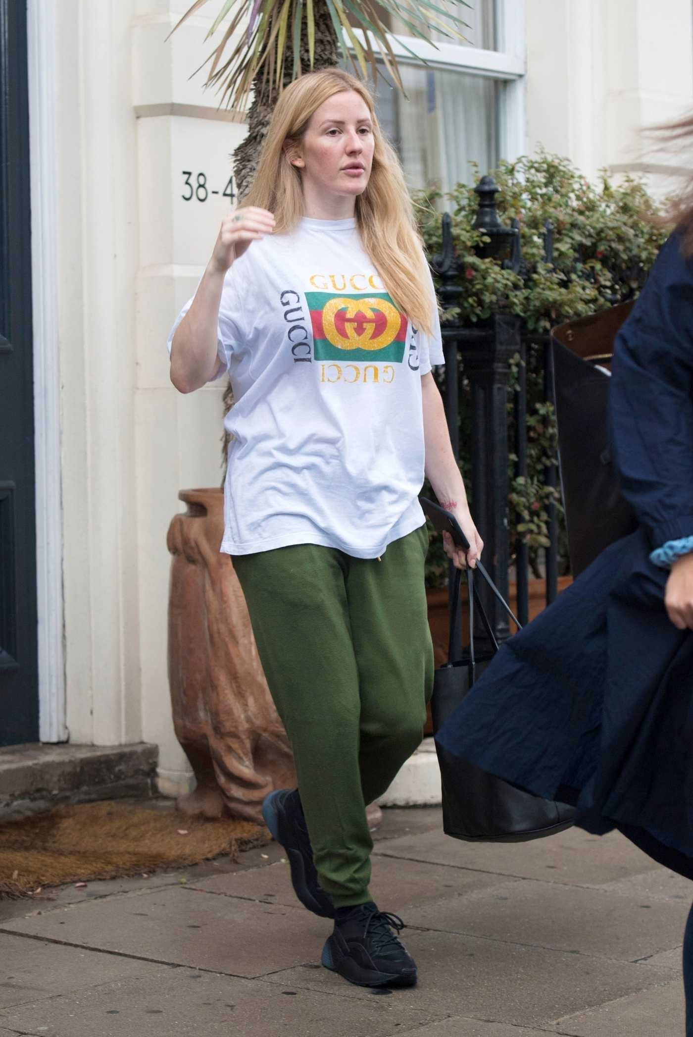 Ellie Goulding in a White Gucci T-Shirt Was Seen Out in London 08/12/2018