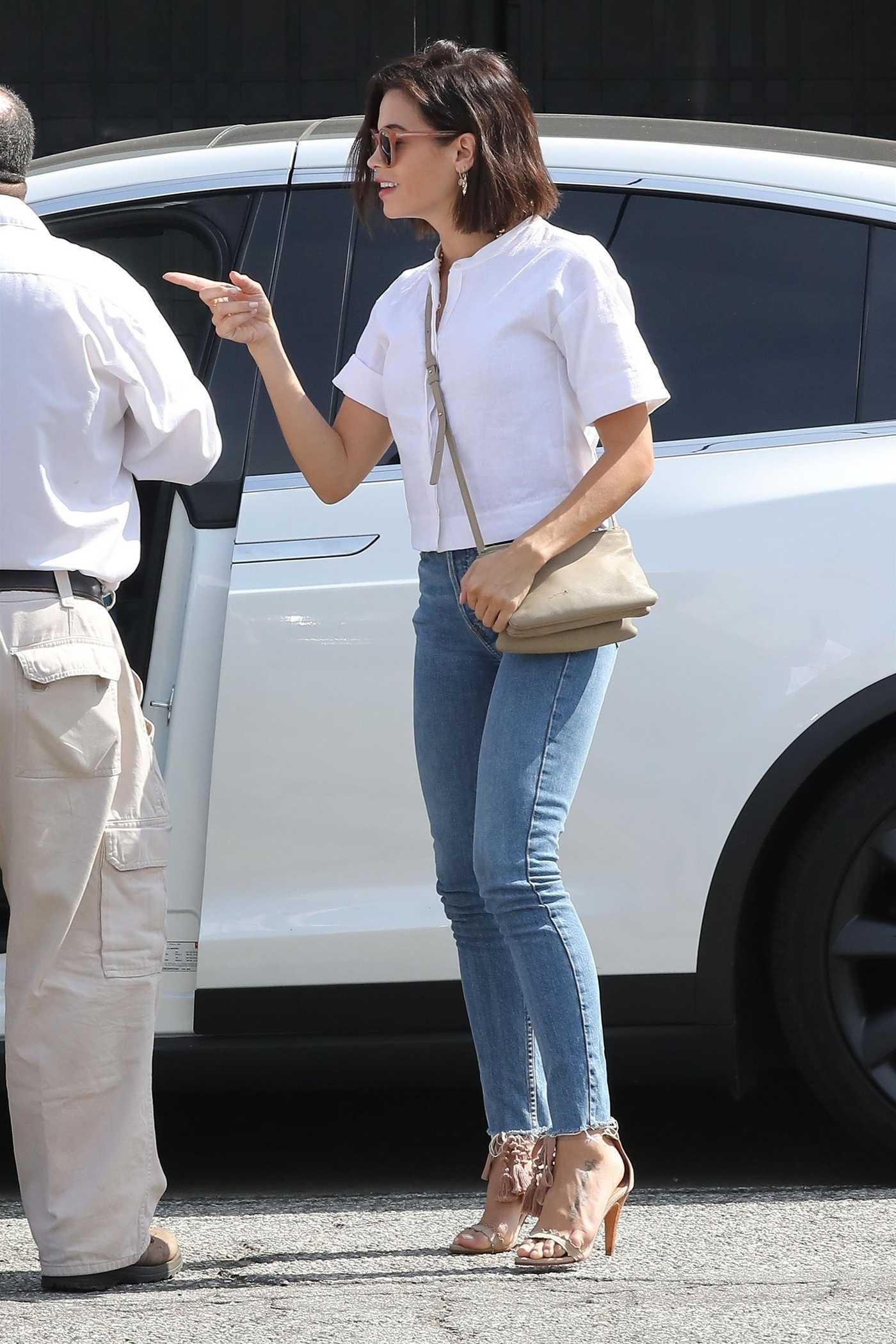 Jenna Dewan in a White Blouse Heads to Her Hair Salon in Los Angeles 08/20/2018