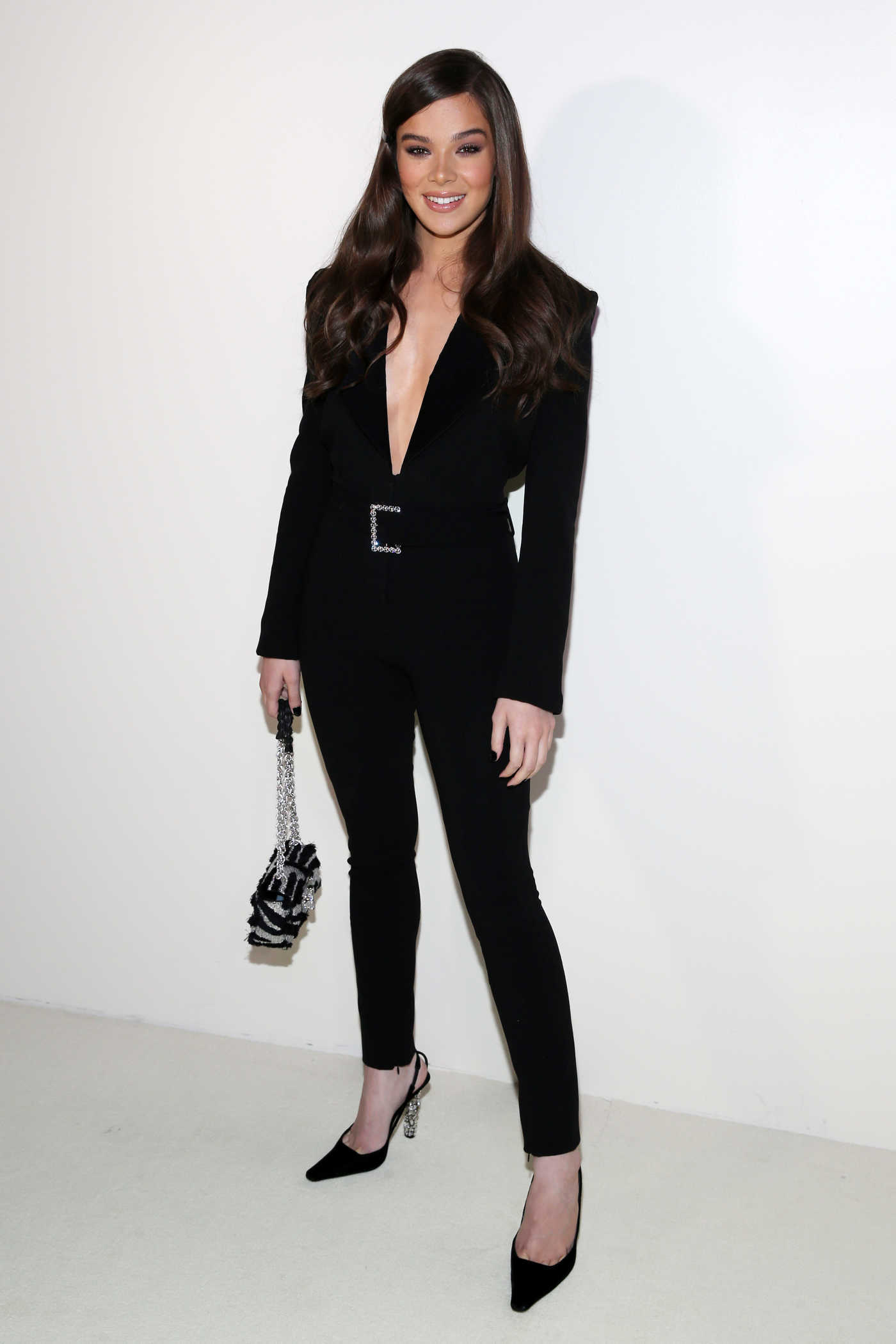 Hailee Steinfeld Attends 2019 Spring Summer Tom Ford Fashion Show During New York Fashion Week 09/05/2018