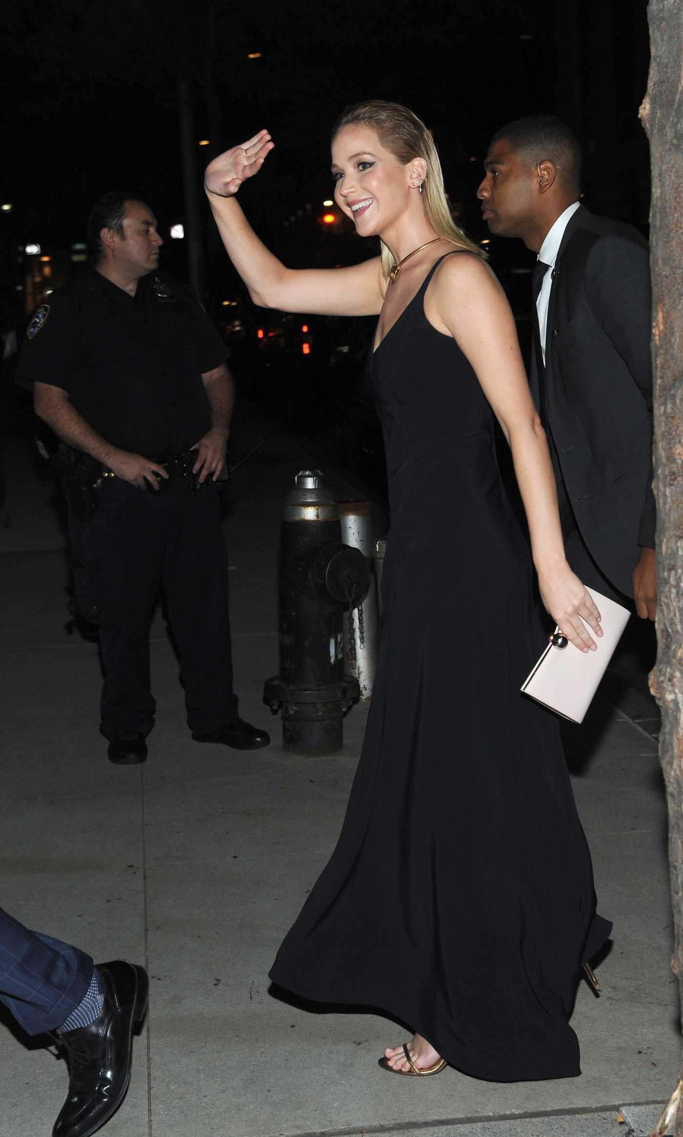 Jennifer Lawrence Arrives at The Favourite Premiere in New York City 09/28/2018