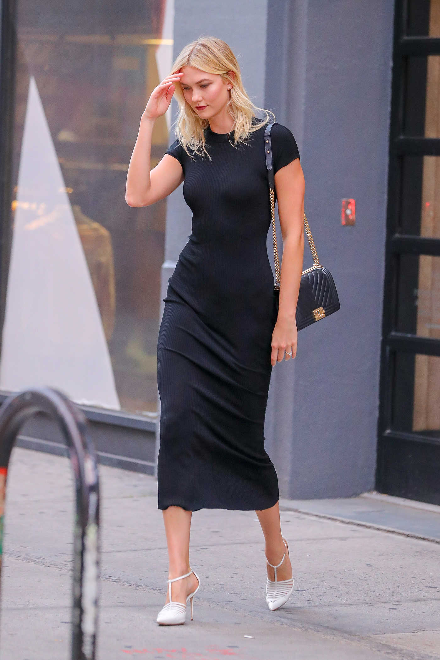 Karlie Kloss in a Long Black Dress Was Seen Out in New York 09/04/2018