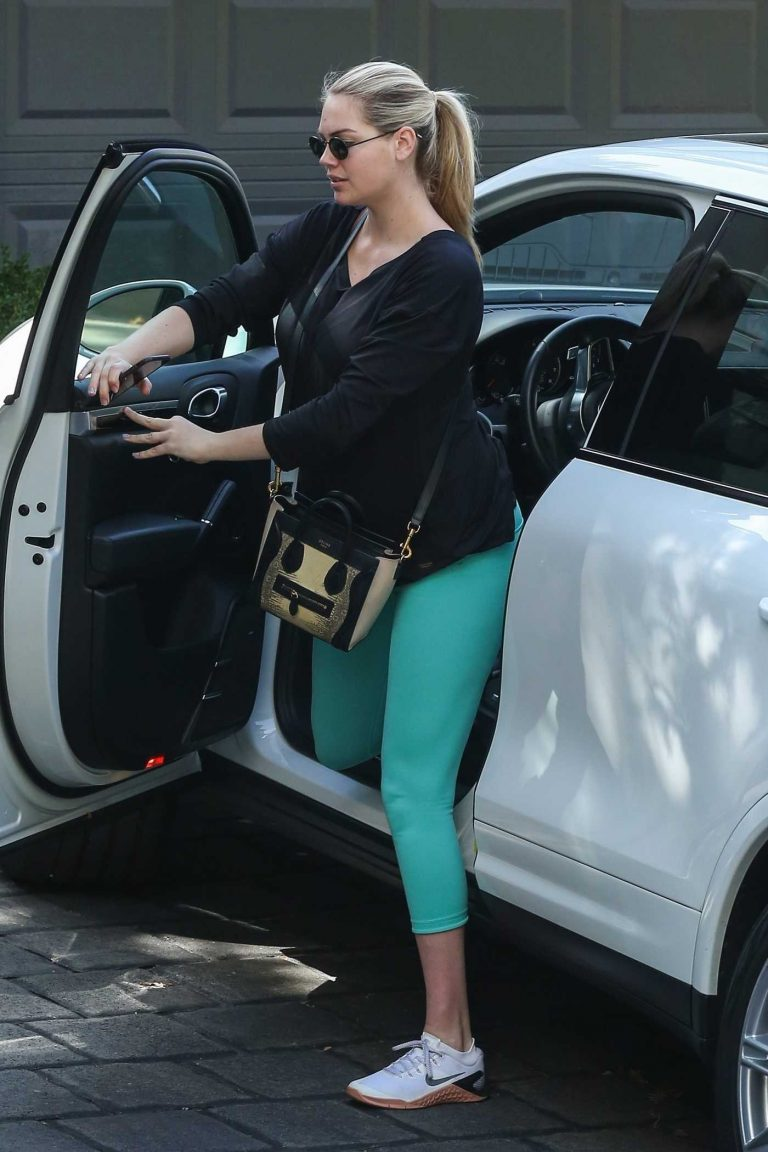 Kate Upton in a Turquoise Leggings