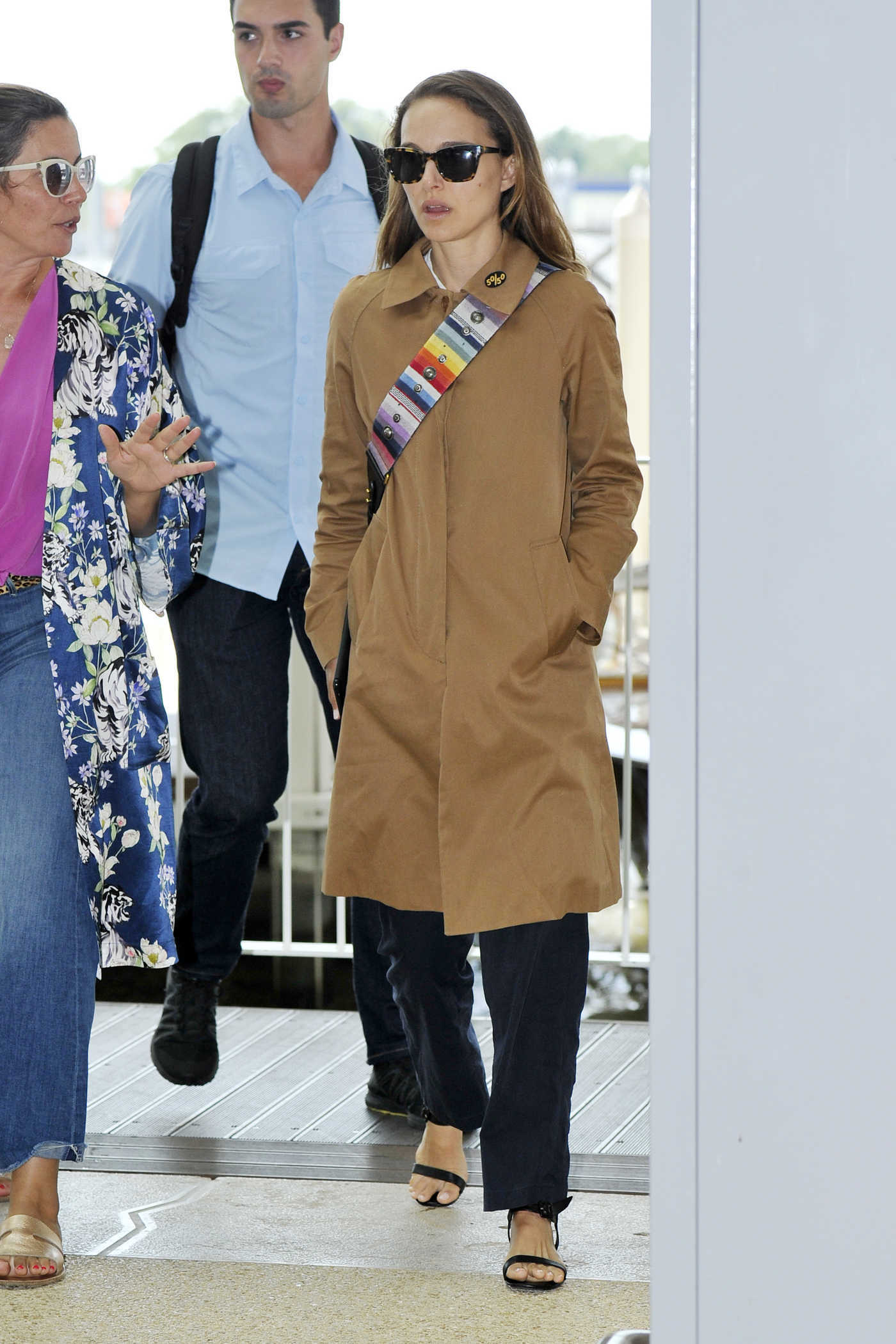 Natalie Portman in a Beige Trench Coat Arrives at Marco Polo Airport in Venice 09/06/2018