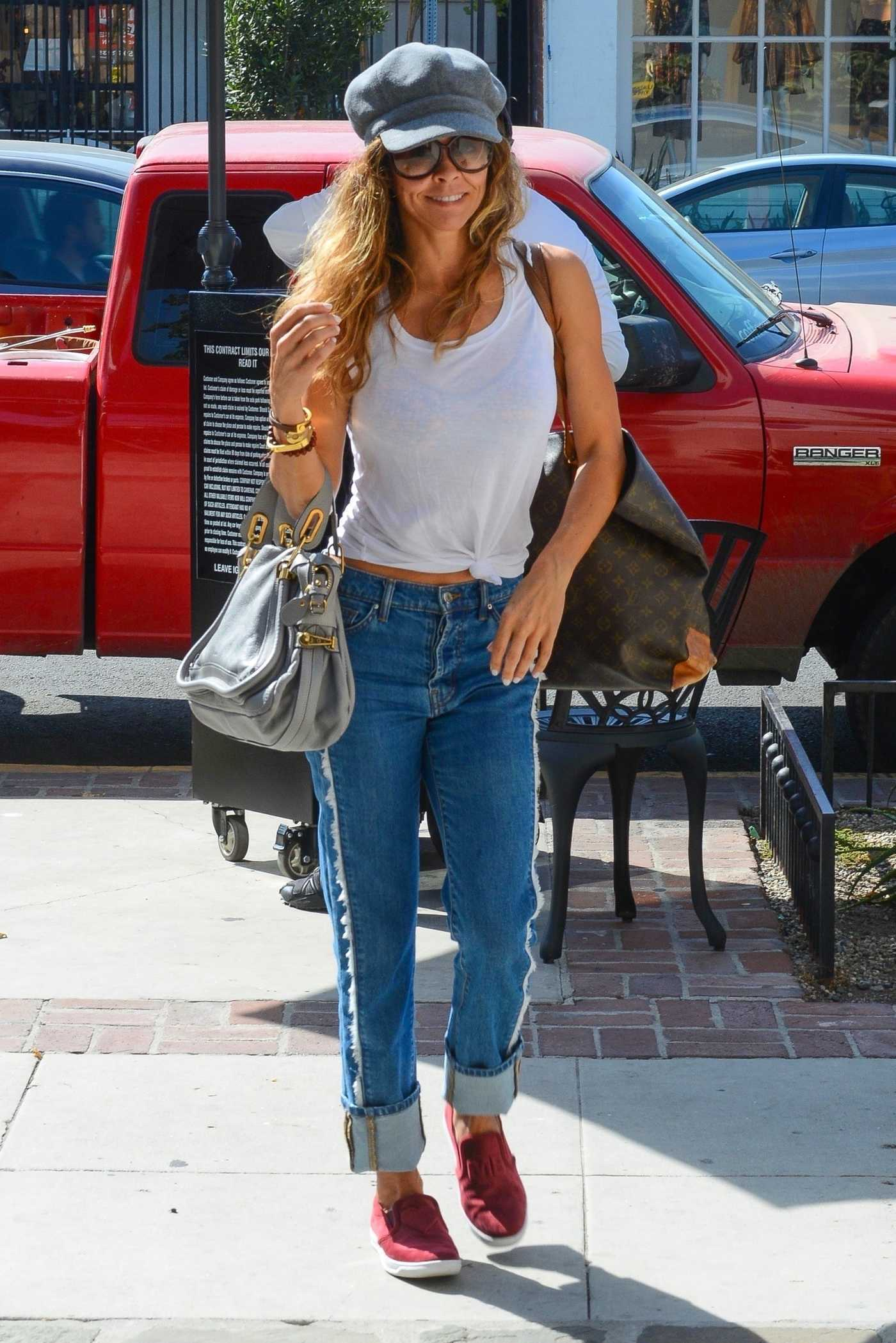 Brooke Burke in a Gray Cap Was Seen Out in Los Angeles 10/01/2018