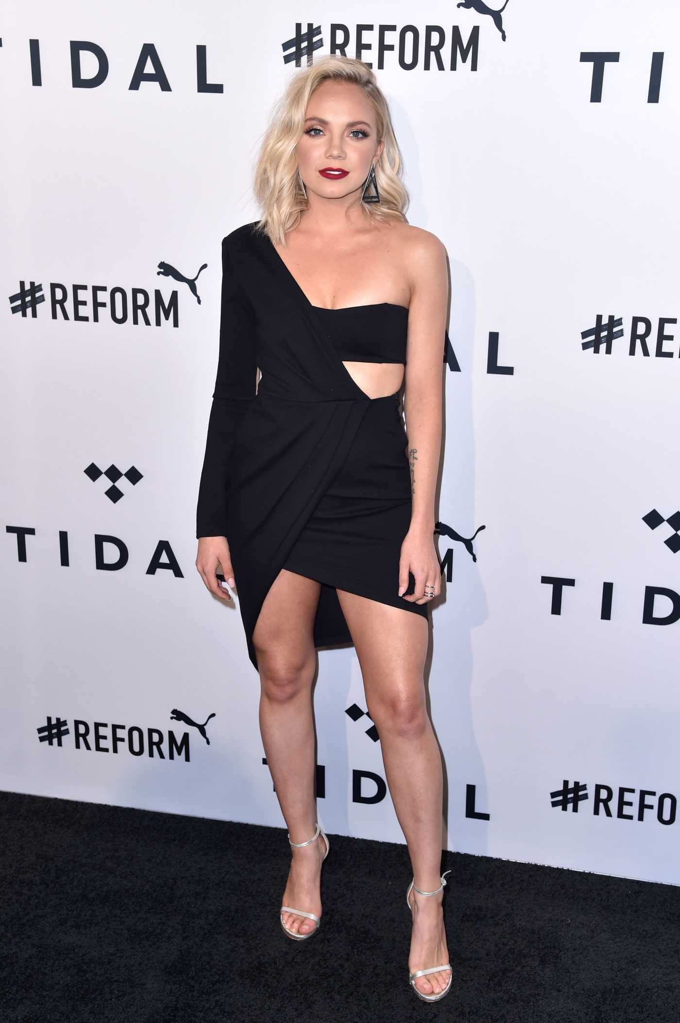 Danielle Bradbery Attends the 4th Annual TIDAL X: Brooklyn at Barclays Center of Brooklyn in New York City 10/23/2018