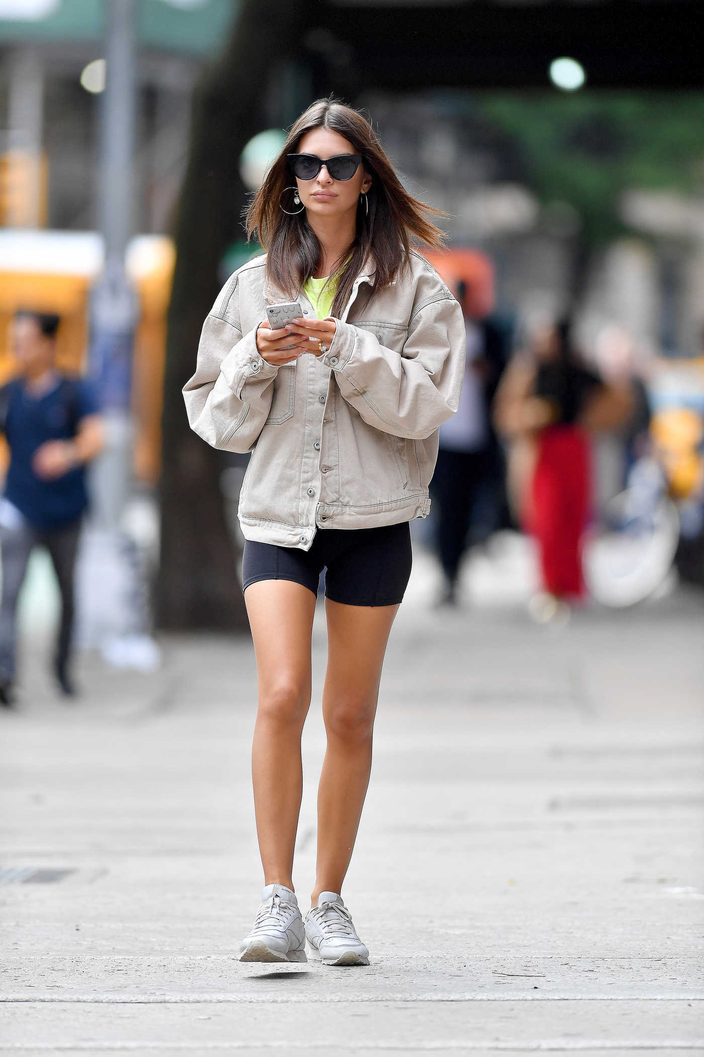 Emily Ratajkowski in a Black Spandex Shorts Was Seen Out in New York 10/05/2018